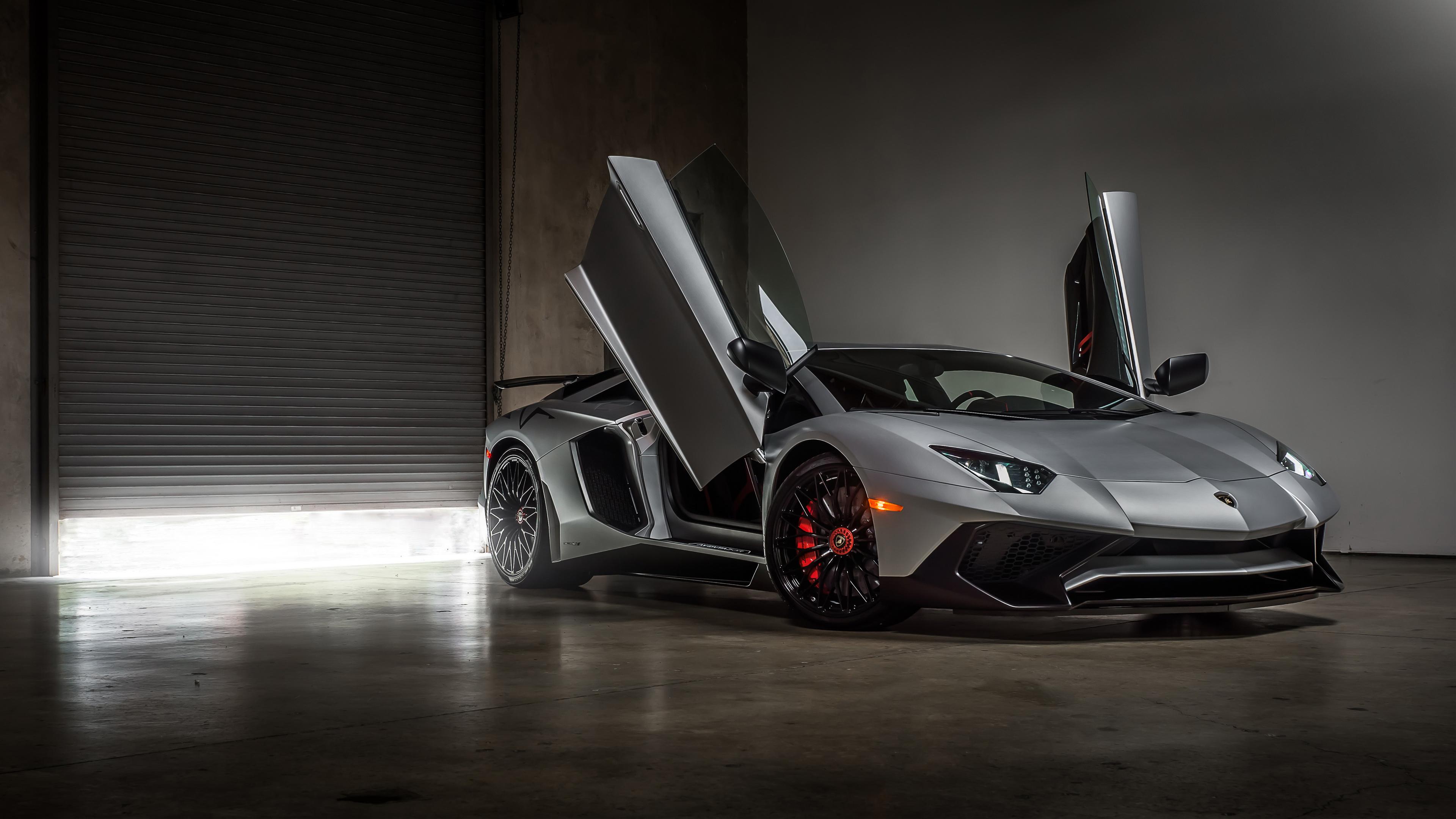 Lamborghini Aventador Superveloce Coupe 4K