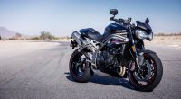 2018 Triumph Speed Triple RS 4K2742319339 200x110 - 2018 Triumph Speed Triple RS 4K - Triumph, Triple, speed, LiveWire, 2018