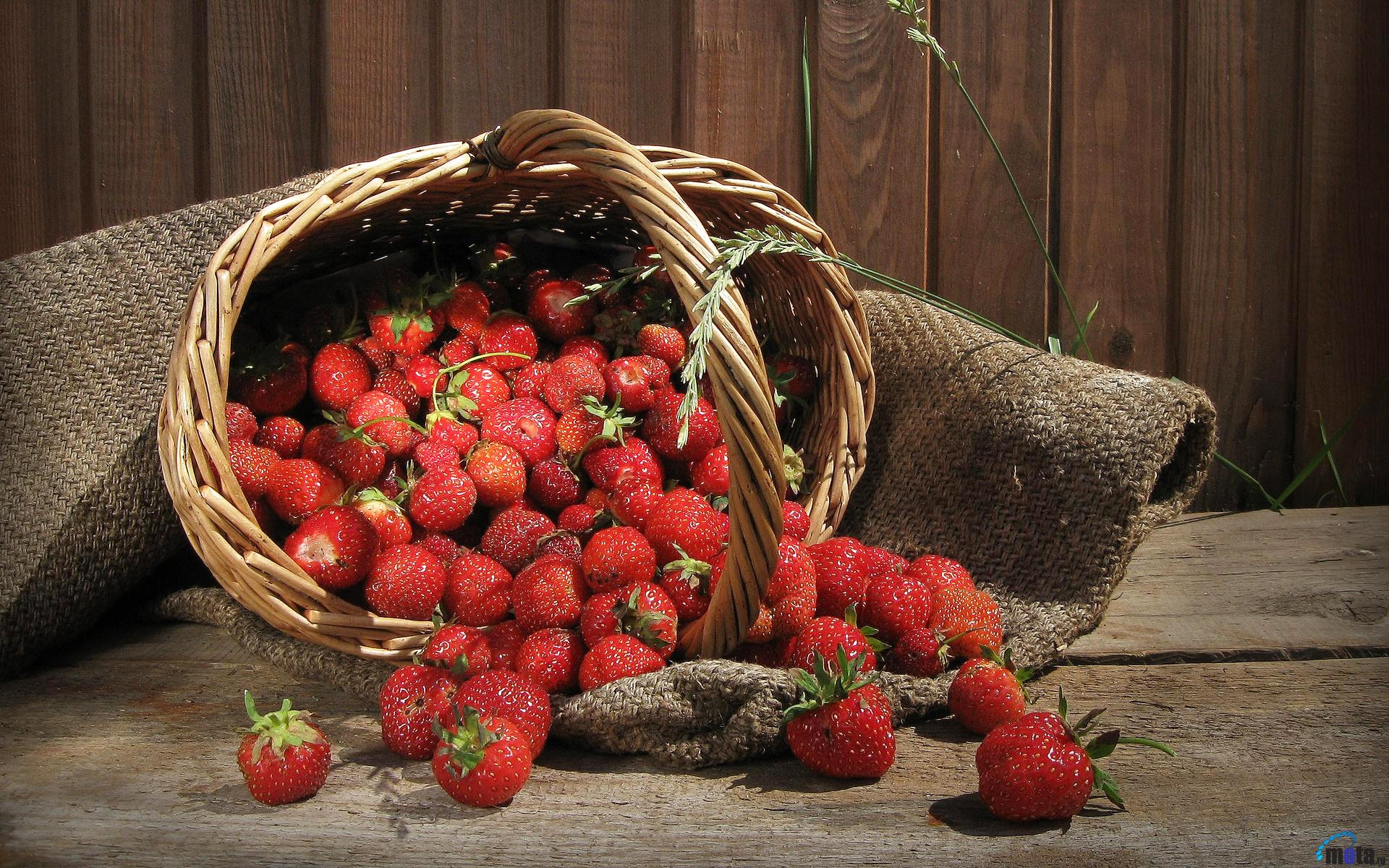 Strawberry Fruits2413019771 - Strawberry Fruits - Strawberry, Fruits, Access