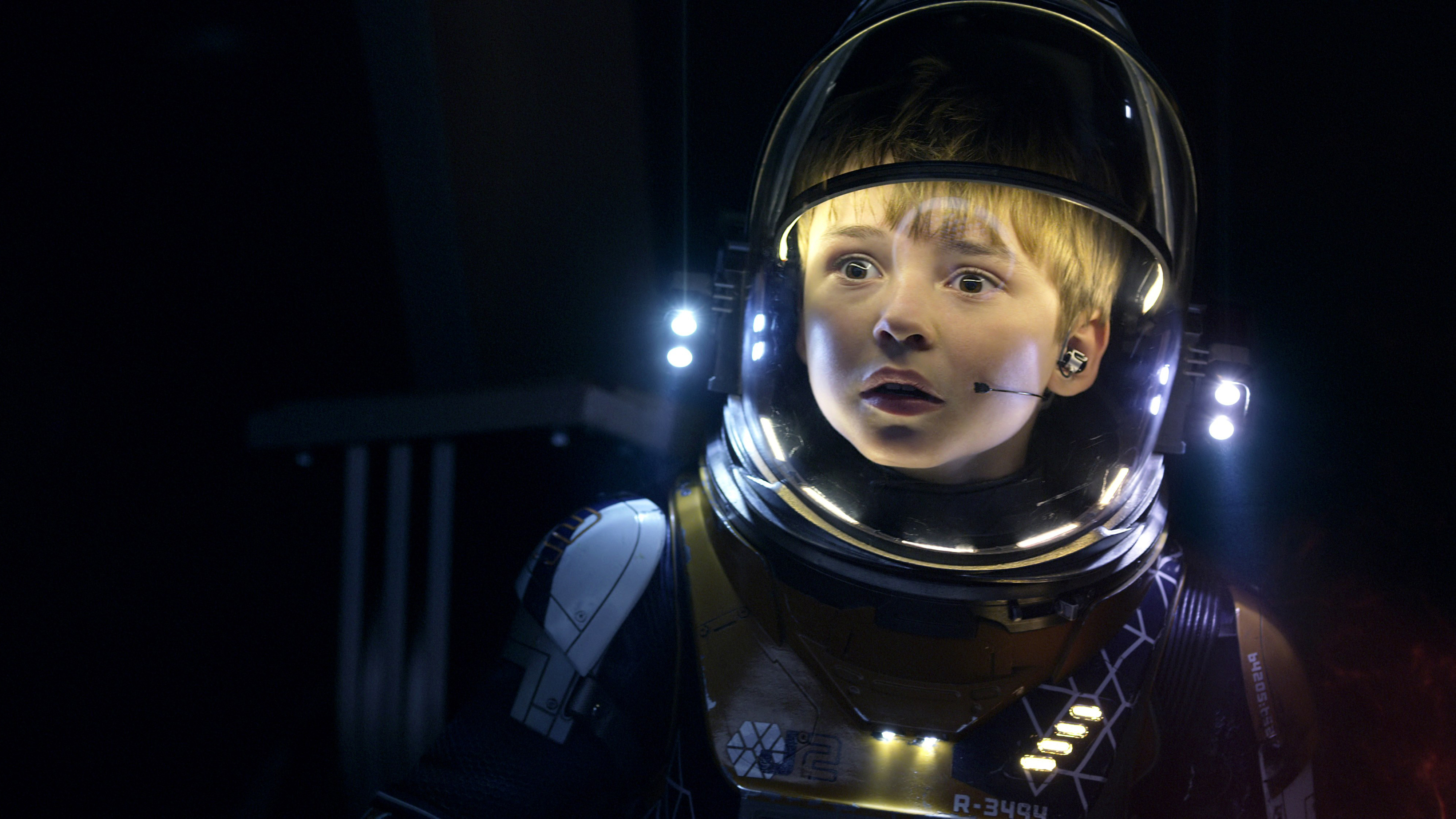 Maxwell Jenkins as Will in Lost in Space 4K8474214919 - Maxwell Jenkins as Will in Lost in Space 4K - Will, Space, Maxwell, Lost, Judy, Jenkins