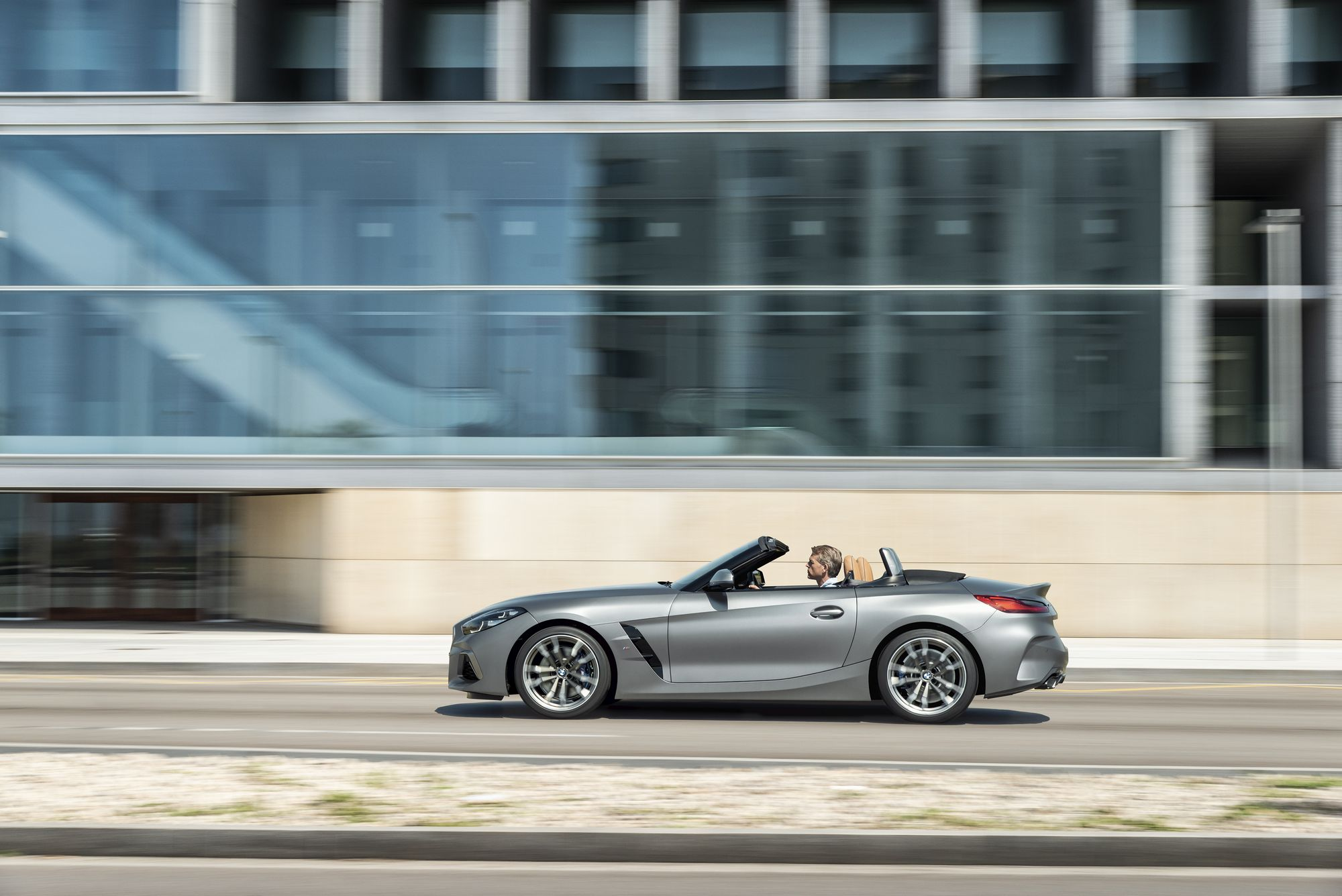 2019 BMW Z4 16 - BMW 2019 Z4 sDrive side view 4k - bmw z4 side background, bmw 2019 z4 side backgraound, 2019-BMW-Z4 side view