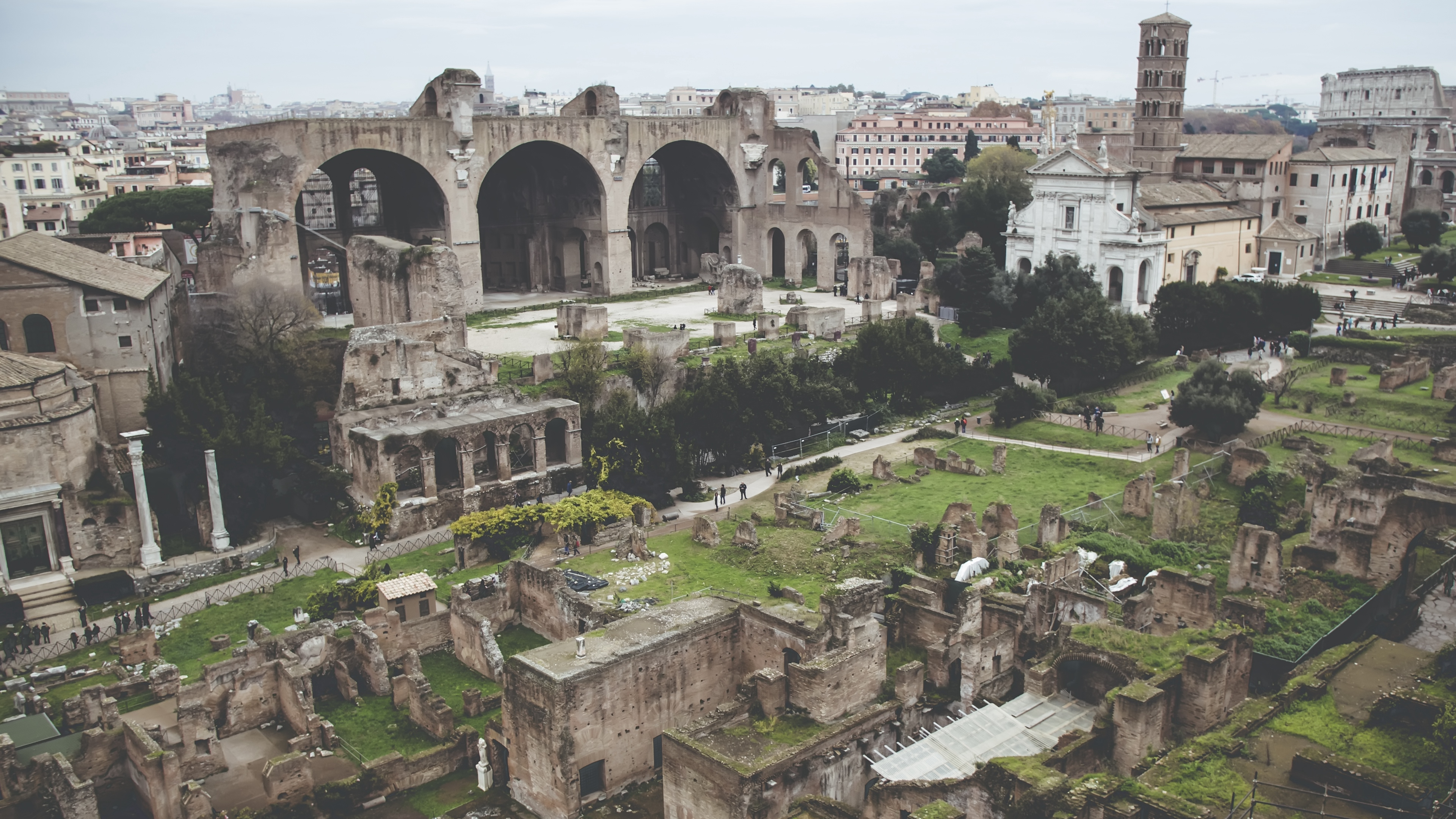 ancient city colosseum rome ruins 4k 1538064995 - ancient city, colosseum, rome, ruins 4k - Rome, Colosseum, ancient city