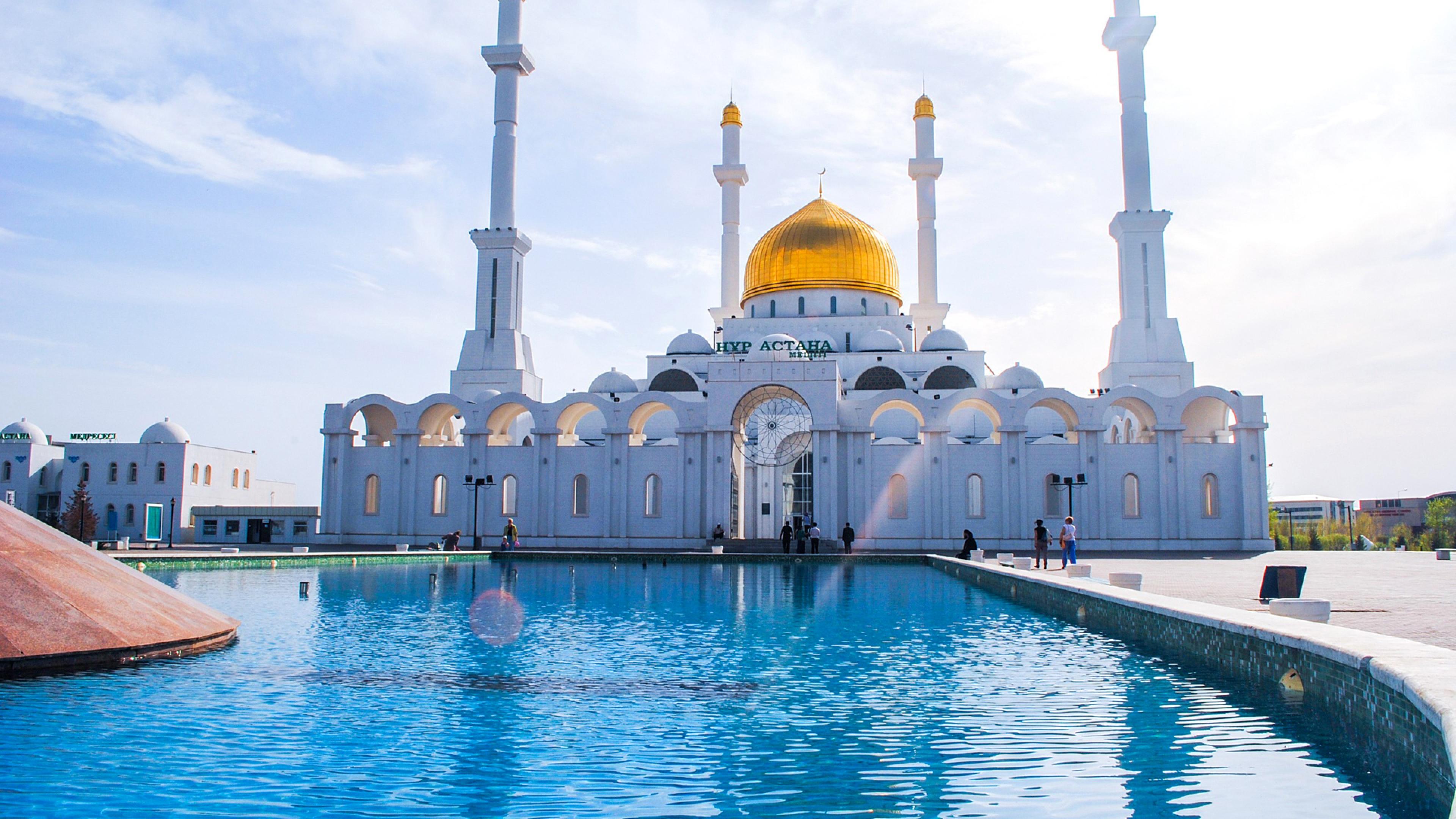 astana mosque minaret kazaksthan 1538068972 - Astana Mosque Minaret Kazaksthan - world wallpapers, mosque wallpapers