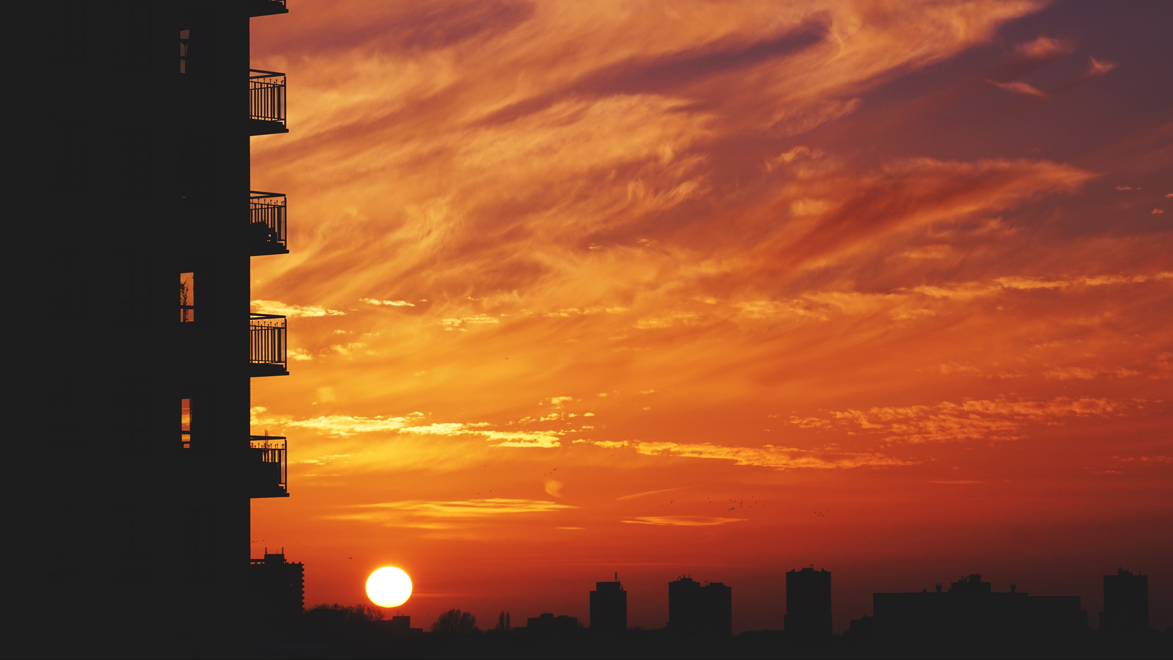 balcony sunset sky skyline city 4k 1538064997 - balcony, sunset, sky, skyline, city 4k - sunset, Sky, balcony