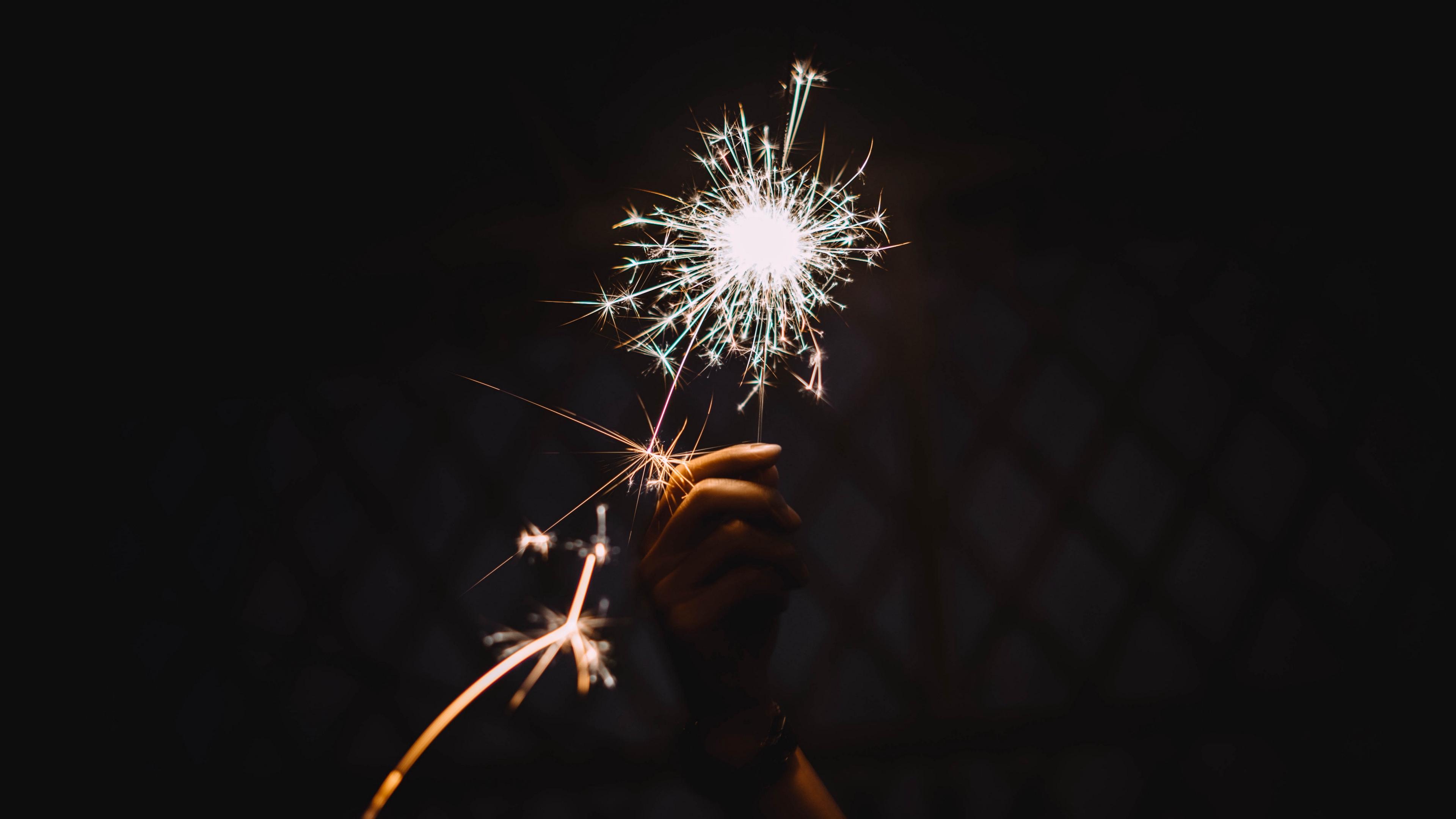 bengali fire sparks holiday hand 4k 1538344777 - bengali fire, sparks, holiday, hand 4k - Sparks, Holiday, bengali fire