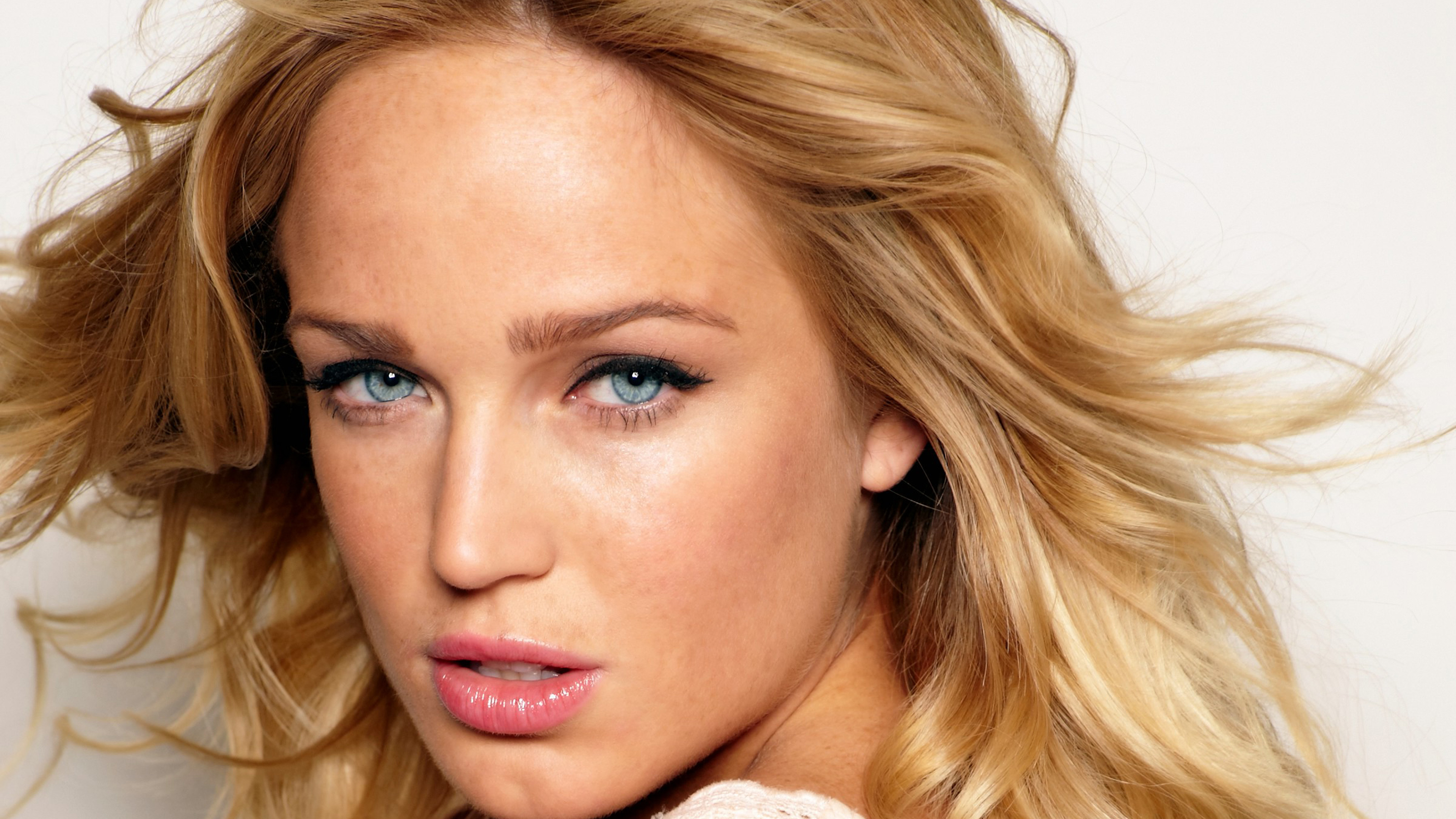 caity lotz 2018 1536860486 - Caity Lotz 2018 - hd-wallpapers, girls wallpapers, celebrities wallpapers, caity lotz wallpapers, 4k-wallpapers
