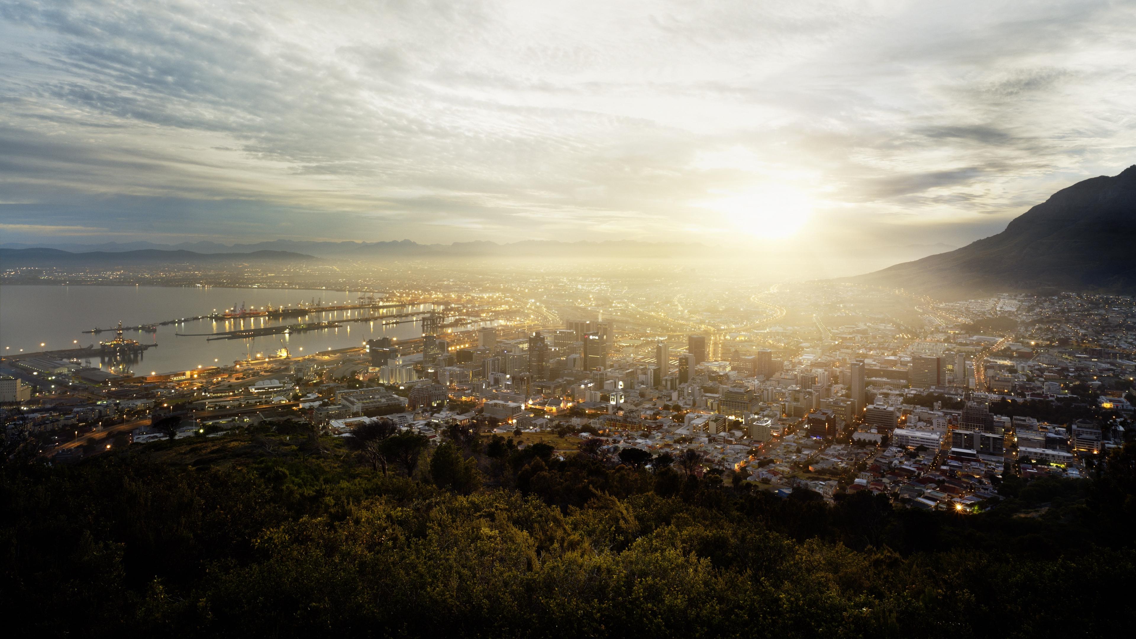 Wallpaper 4k Cape Town South Africa Fog Buildings Hills
