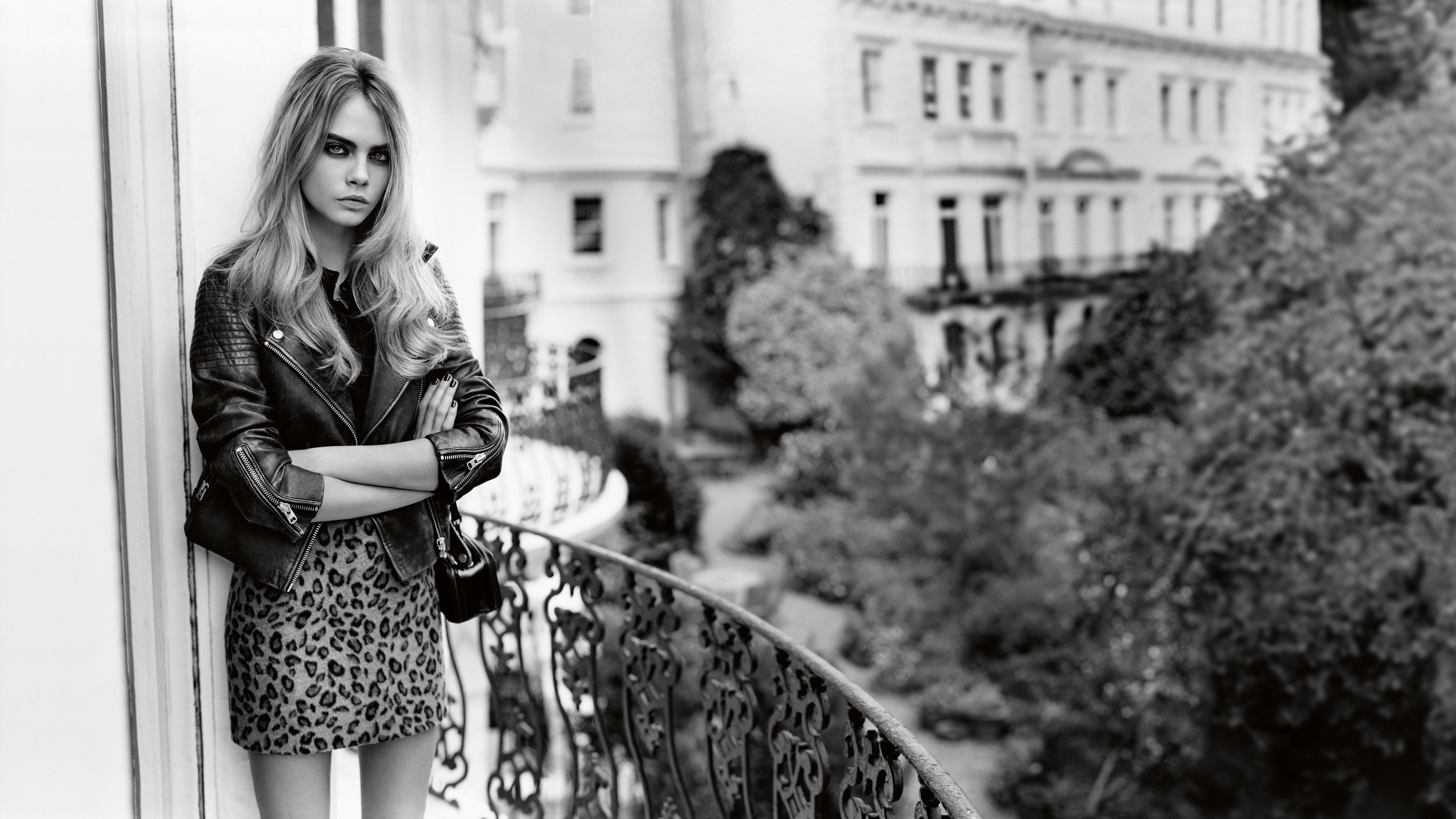 cara delevingne hd 1536856739 - Cara Delevingne HD - monochrome wallpapers, model wallpapers, girls wallpapers, celebrities wallpapers, cara delevingne wallpapers, black and white wallpapers