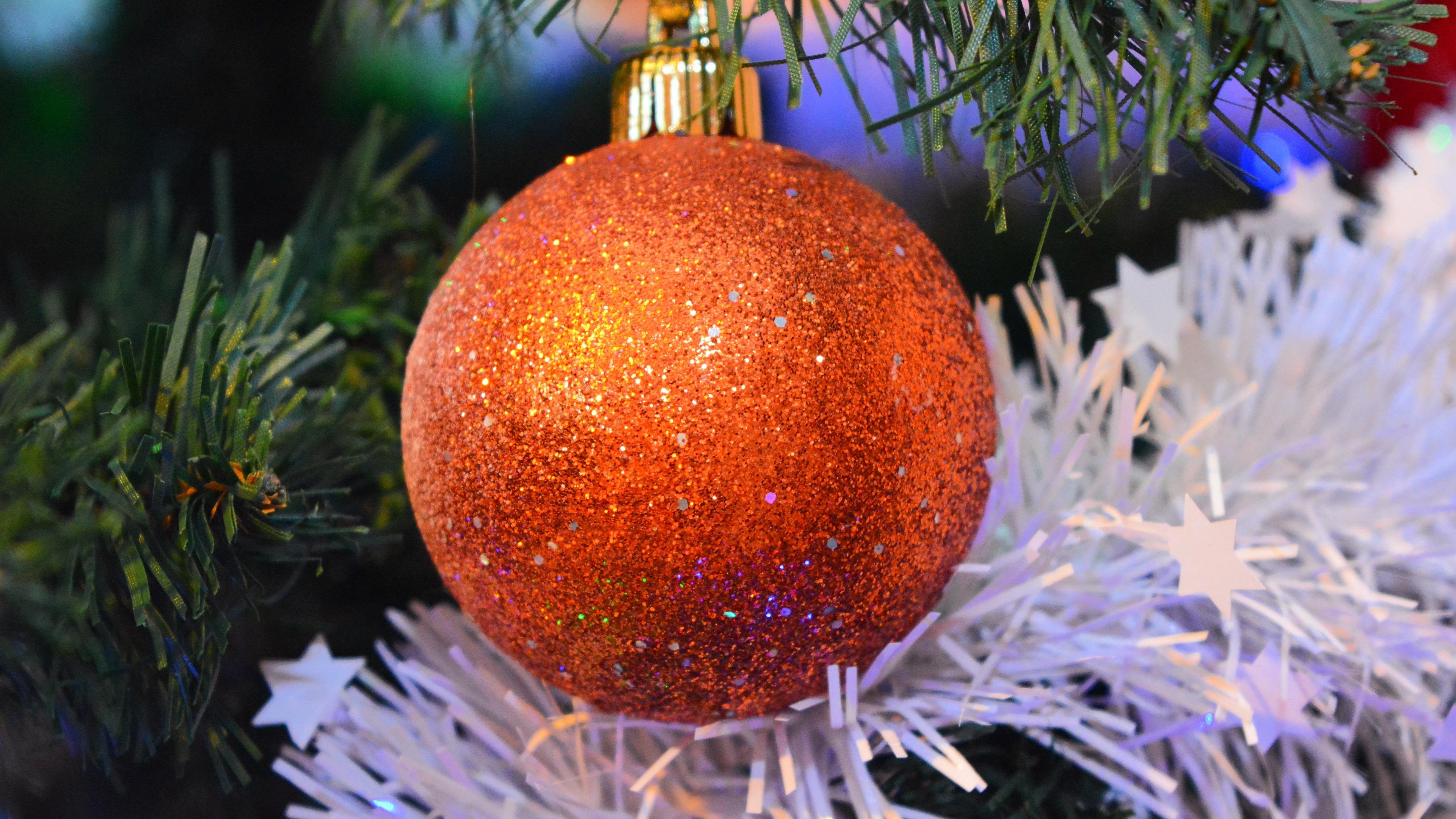 christmas ball decoration new year 4k 1538344675 - christmas ball, decoration, new year 4k - new year, decoration, christmas ball