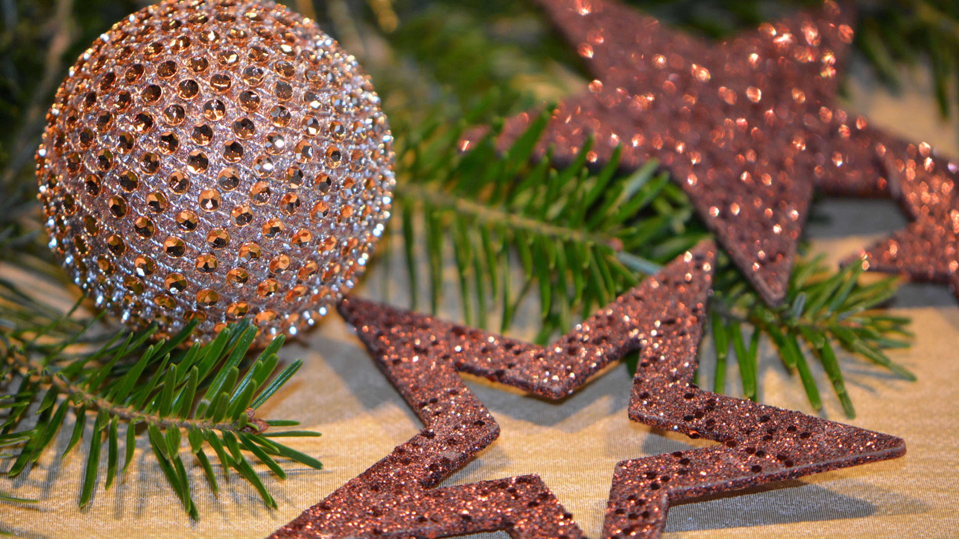 christmas balls glitter christmas 4k 1538345062 - christmas balls, glitter, christmas 4k - Glitter, christmas balls, Christmas
