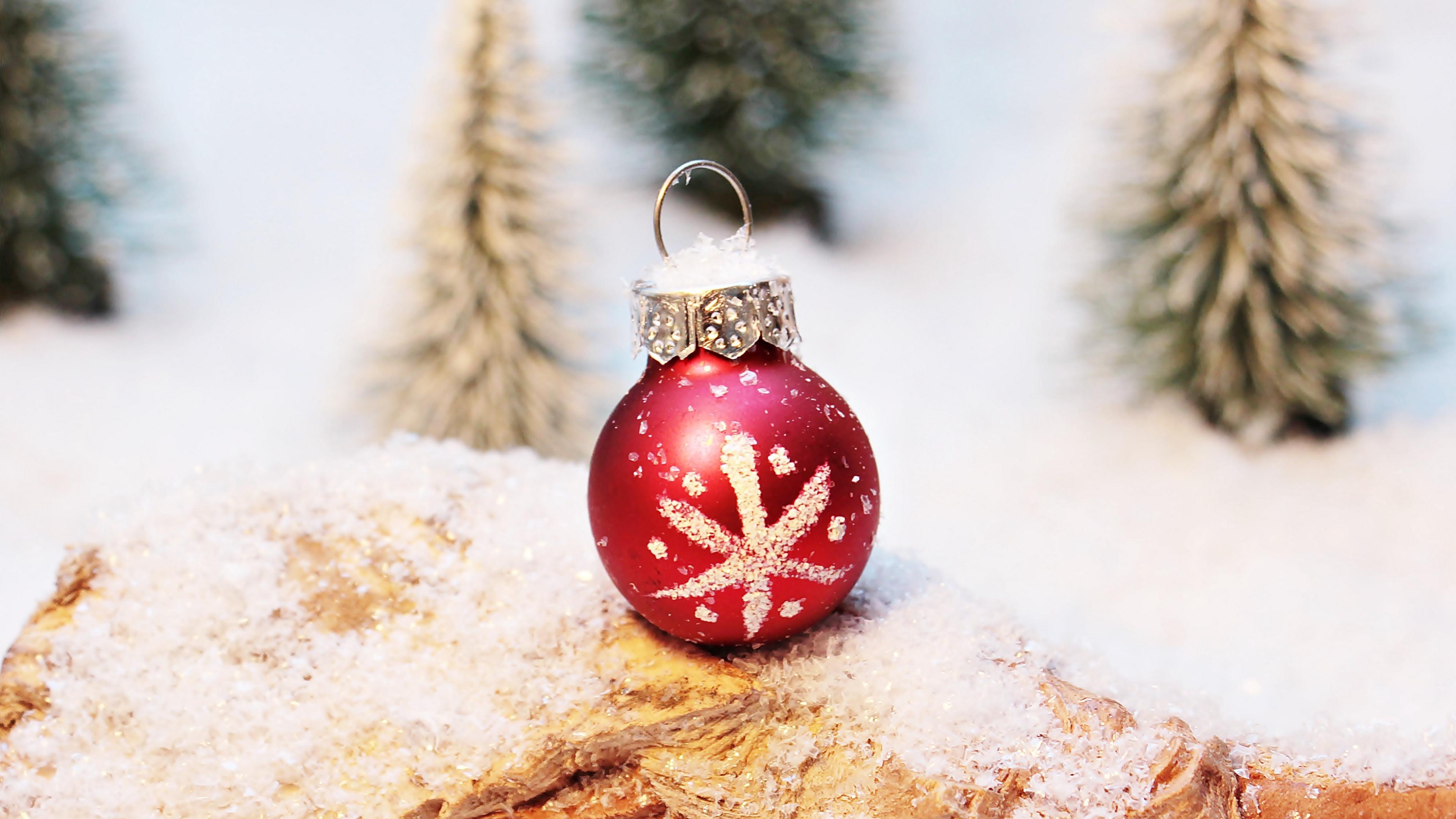 christmas decorations ball snowflake winter christmas new year 4k 1538344688 - christmas decorations, ball, snowflake, winter, christmas, new year 4k - snowflake, christmas decorations, Ball