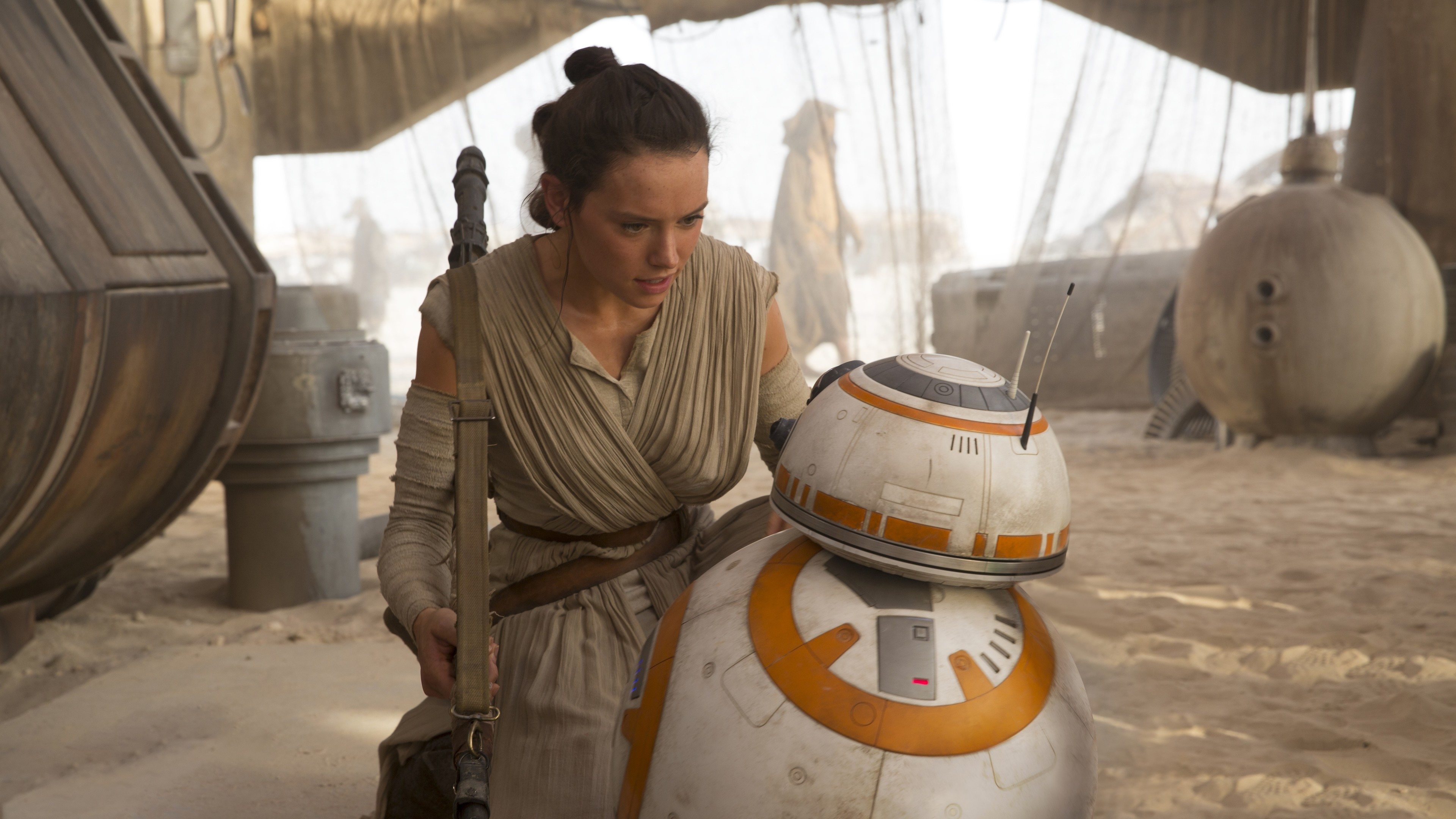 daisy rildeywith bb 8 1536856749 - Daisy RildeyWith BB 8 - star wars wallpapers, rey wallpapers, movies wallpapers, daisy ridley wallpapers, bb 8 wallpapers