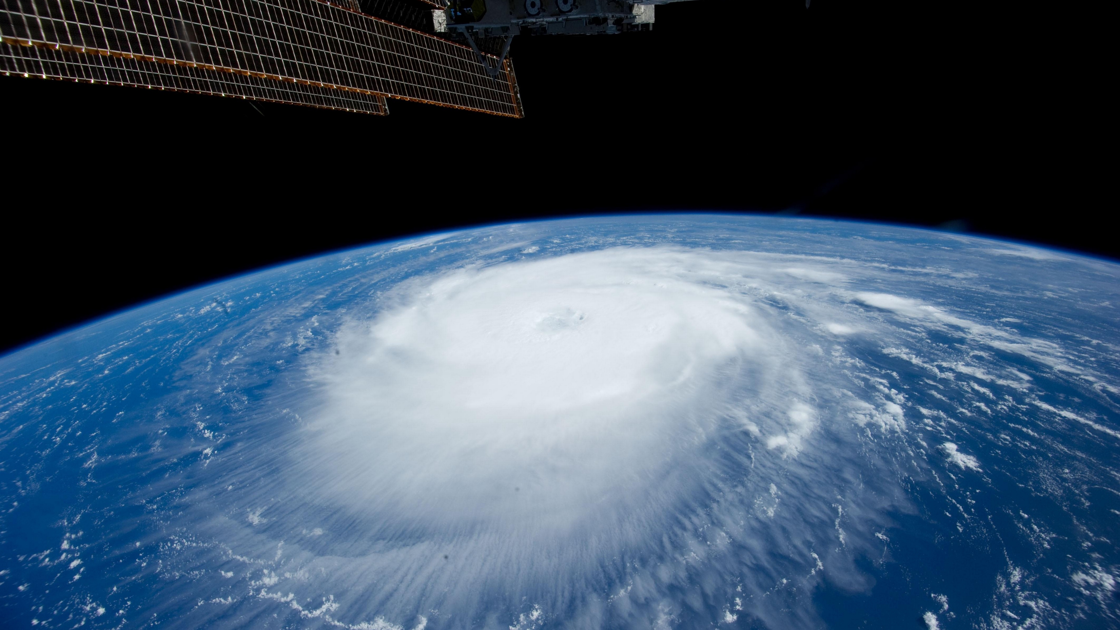 earth station whirlwind cyclone cloud 4k 1536016938 - earth, station, whirlwind, cyclone, cloud 4k - whirlwind, Station, Earth