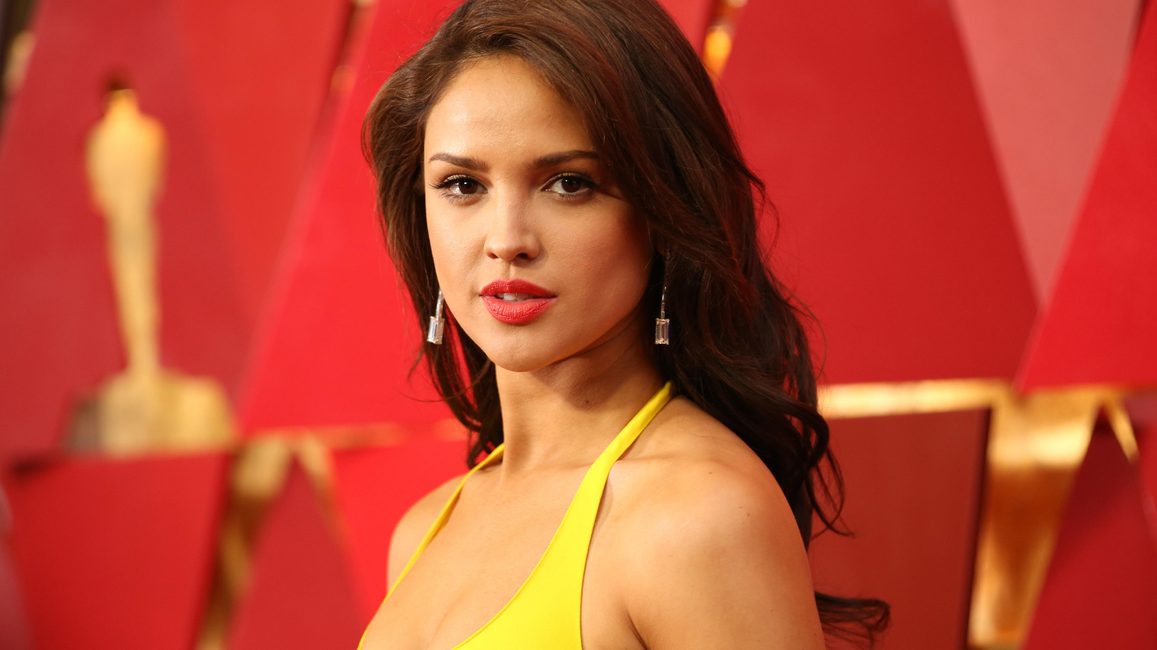 eiza gonzalez met gala 2019 1536947835 - Eiza Gonzalez Met Gala 2019 - tv shows wallpapers, hd-wallpapers, girls wallpapers, eiza gonzalez wallpapers, celebrities wallpapers, 4k-wallpapers