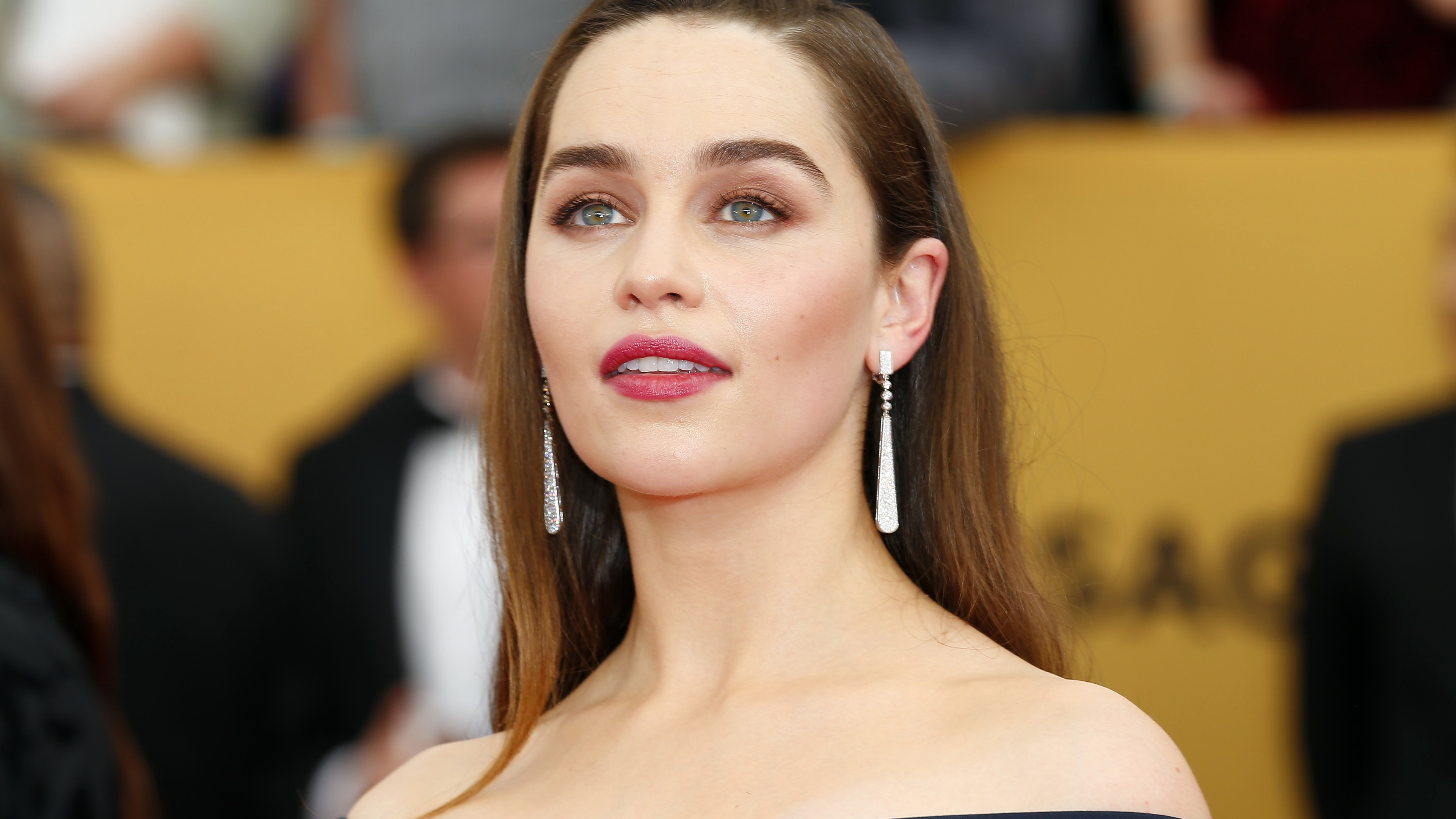 emilia clarke 5k 2019 1536862869 - Emilia Clarke 5k 2019 - hd-wallpapers, girls wallpapers, emilia clarke wallpapers, celebrities wallpapers, 5k wallpapers, 4k-wallpapers