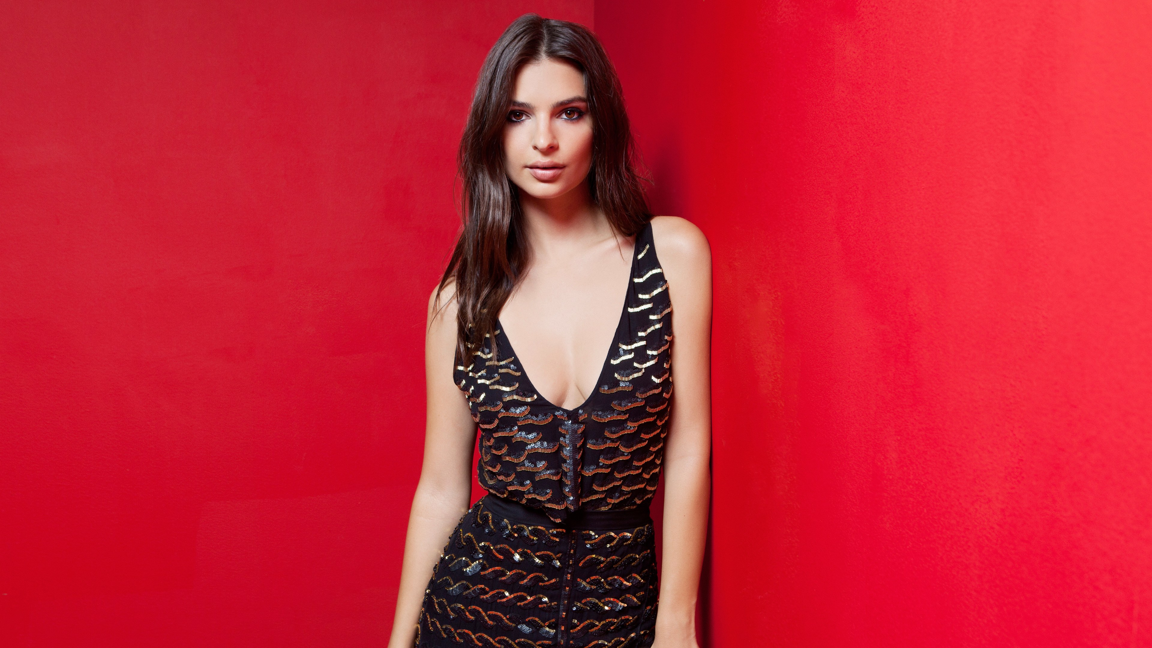emily ratajkowski 2019 4k 5k 1536951962 - Emily Ratajkowski 2019 4k 5k - hd-wallpapers, girls wallpapers, emily ratajkowski wallpapers, celebrities wallpapers, 5k wallpapers, 4k-wallpapers