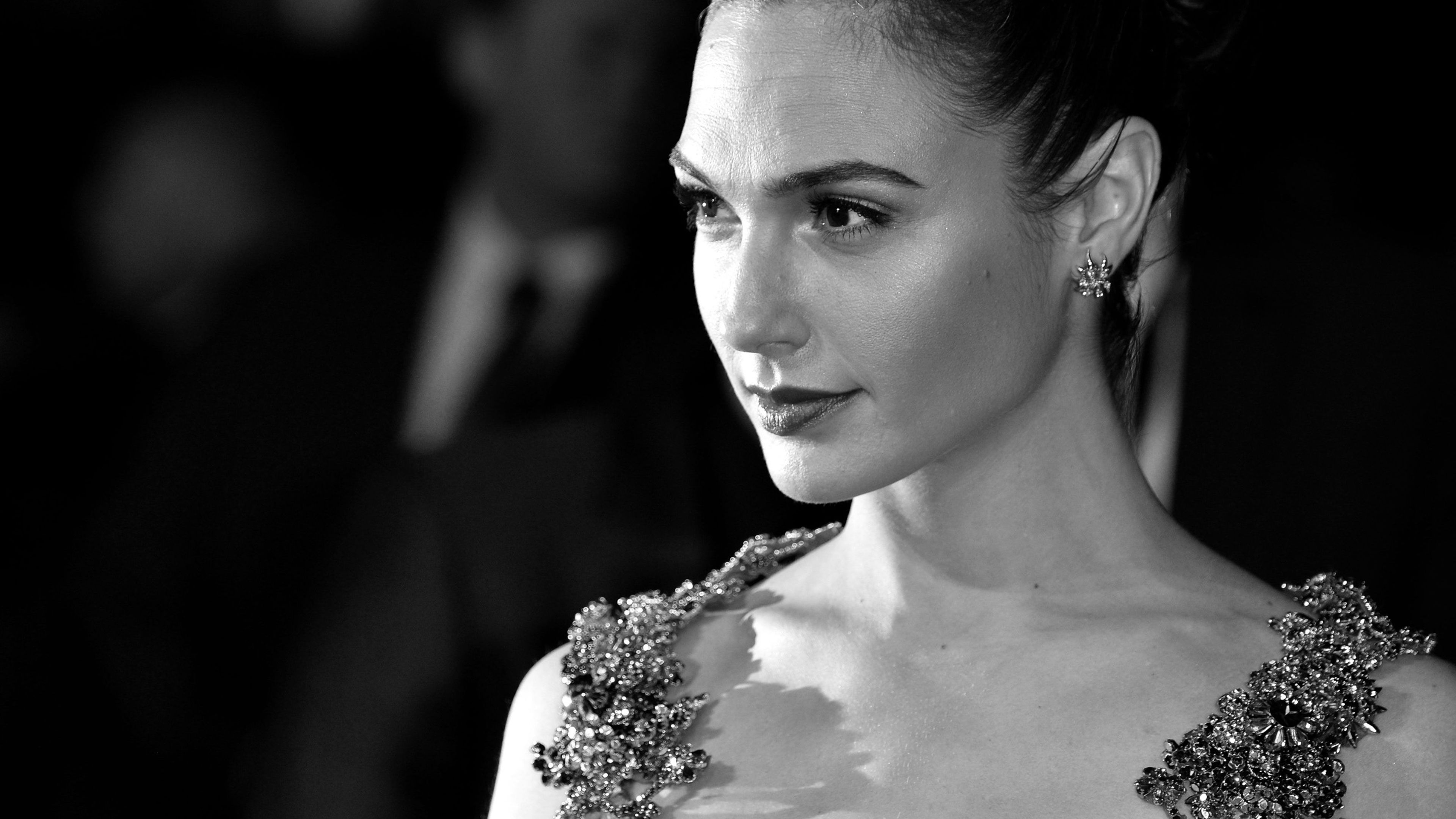 gal gadot monochrome 4k 1536862932 - Gal Gadot Monochrome 4k - monochrome wallpapers, hd-wallpapers, girls wallpapers, gal gadot wallpapers, celebrities wallpapers, black and white wallpapers, 4k-wallpapers