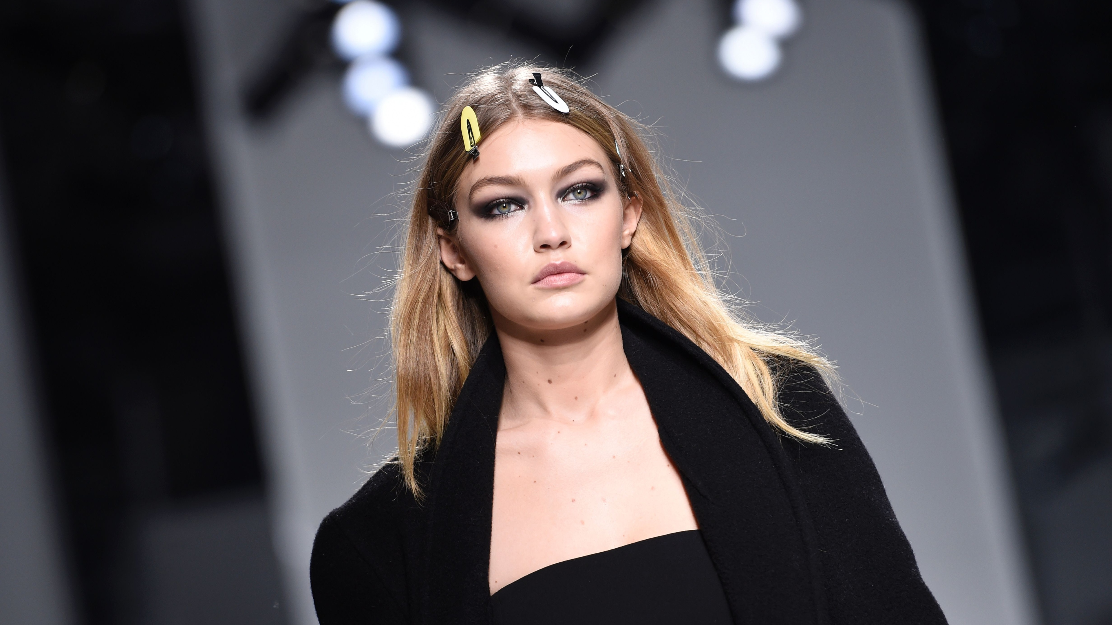 gigi hadid 2019 5k 1536862700 - Gigi Hadid 2019 5k - model wallpapers, hd-wallpapers, girls wallpapers, gigi hadid wallpapers, celebrities wallpapers, 5k wallpapers, 4k-wallpapers