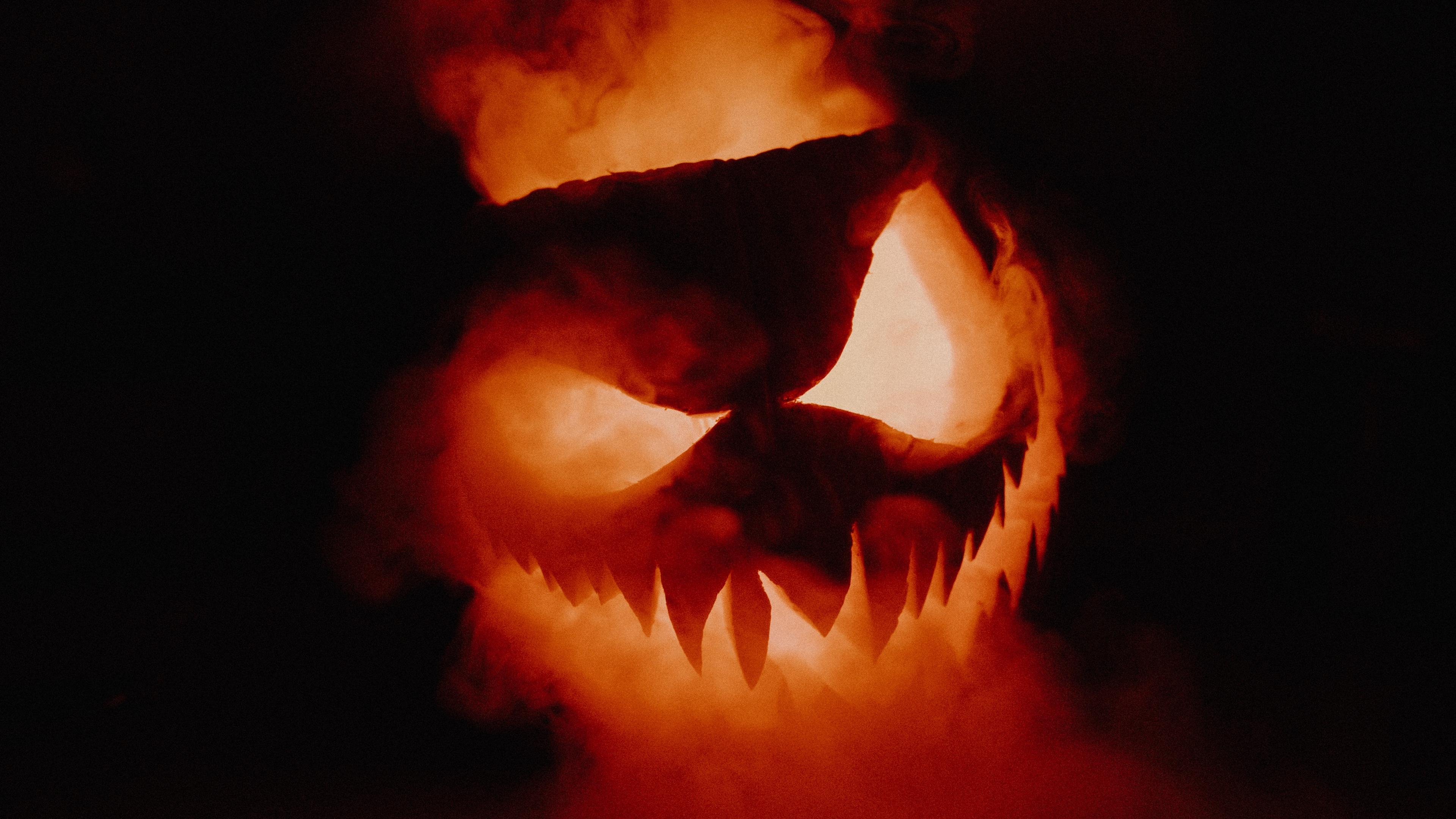 halloween pumpkin smoke 4k 1538344619 - halloween, pumpkin, smoke 4k - Smoke, pumpkin, halloween