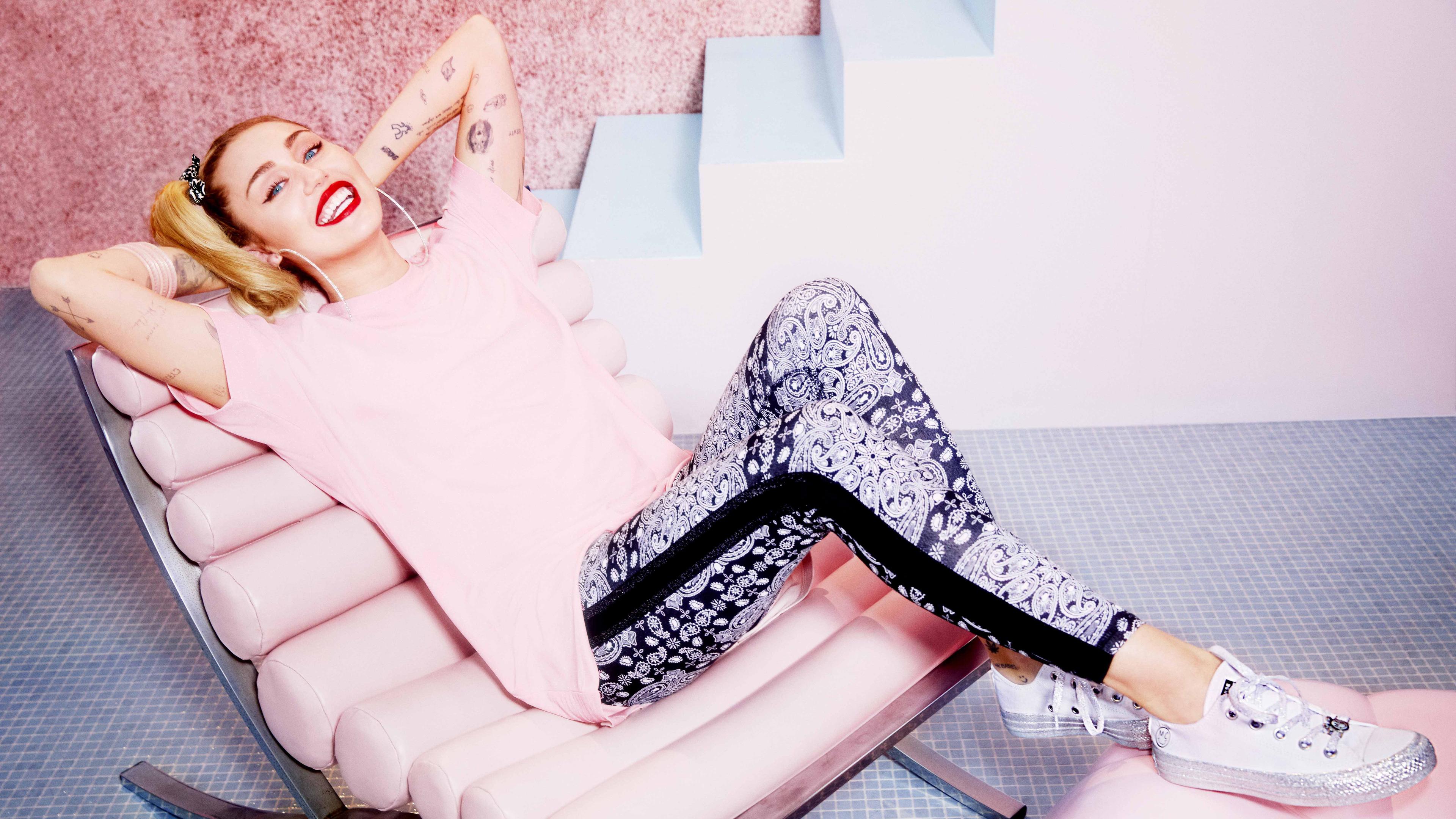 miley cyrus converse x 1536948839 - Miley Cyrus Converse X - singer wallpapers, music wallpapers, miley cyrus wallpapers, hd-wallpapers, girls wallpapers, celebrities wallpapers, 5k wallpapers, 4k-wallpapers