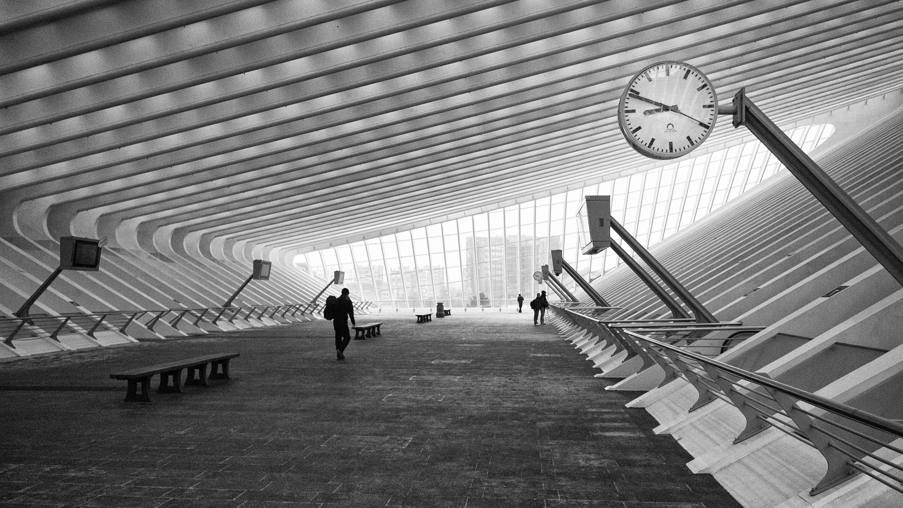 monochrome hallway architecture 1538069026 - Monochrome Hallway Architecture - world wallpapers, monochrome wallpapers, architecture wallpapers
