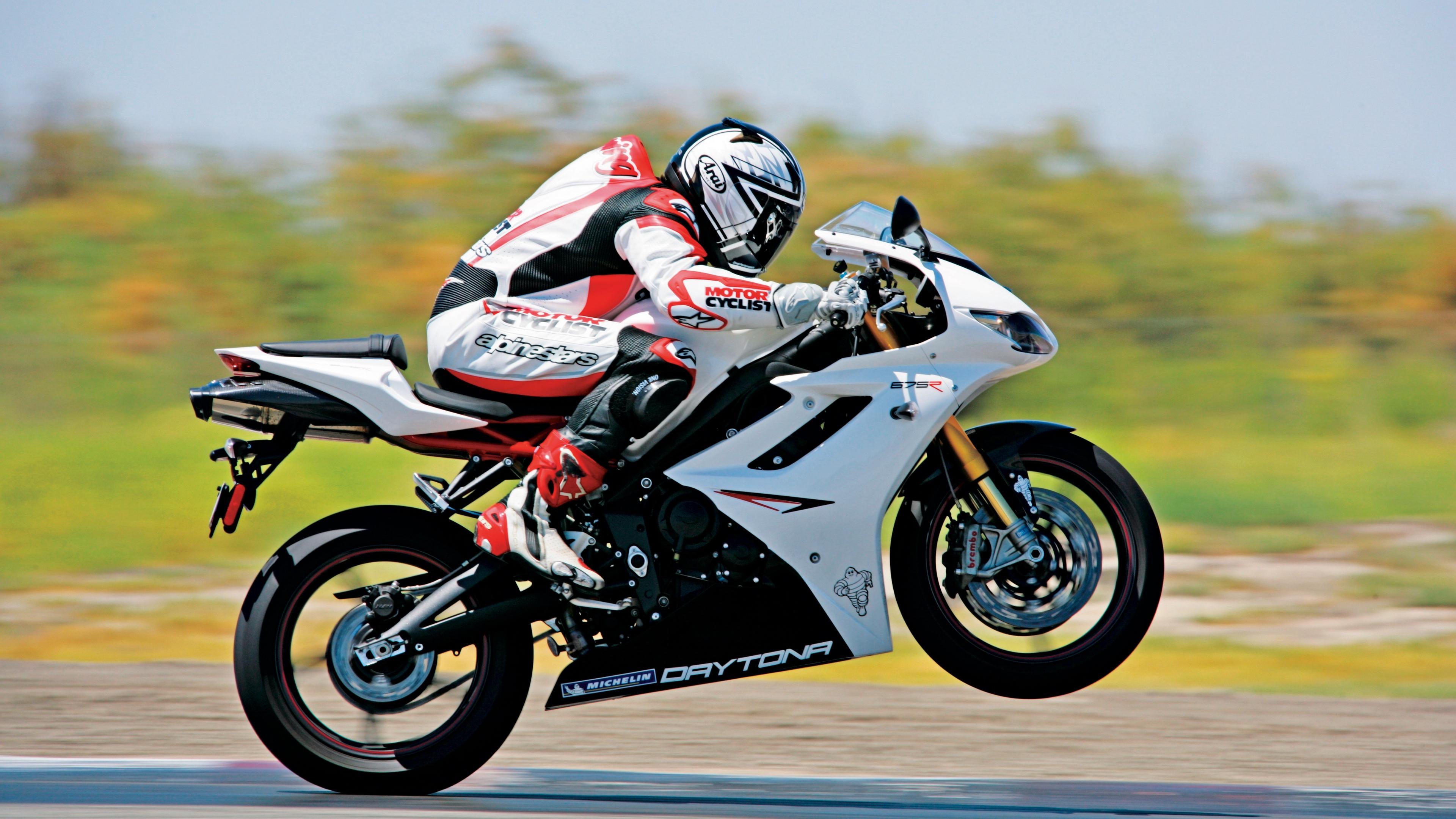 motorcyclist bike motorcycle speed 4k 1536018852 - motorcyclist, bike, motorcycle, speed 4k - motorcyclist, Motorcycle, Bike