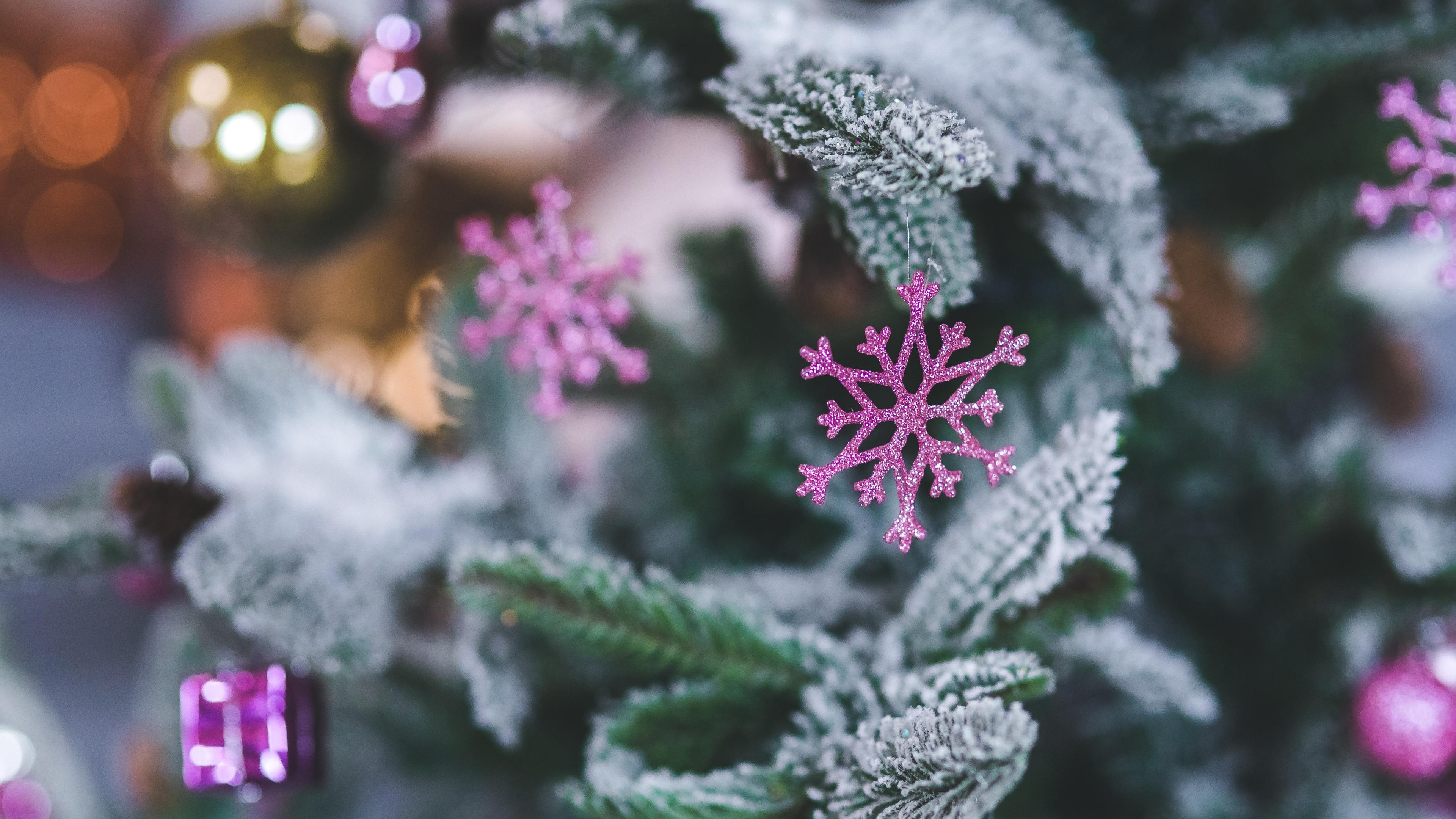 snowflake christmas decoration spruce 4k 1538344749 - snowflake, christmas decoration, spruce 4k - spruce, snowflake, christmas decoration
