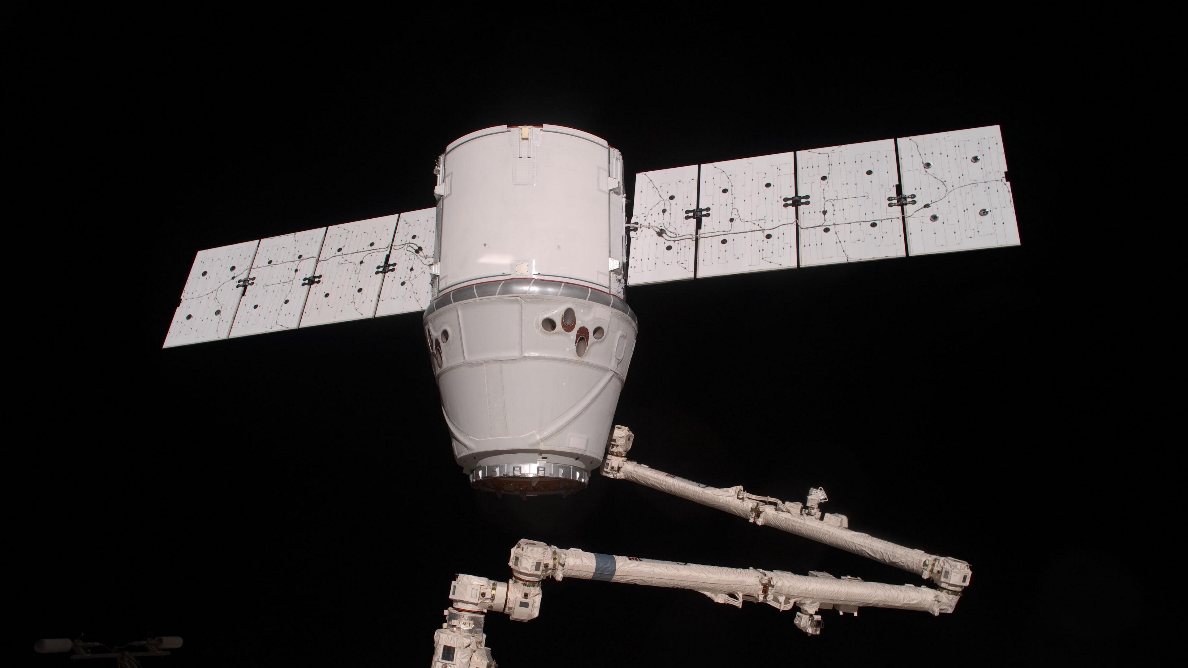 spaceship dragon iss space docking 4k 1536013724 - spaceship dragon, iss, space, docking 4k - spaceship dragon, Space, iss