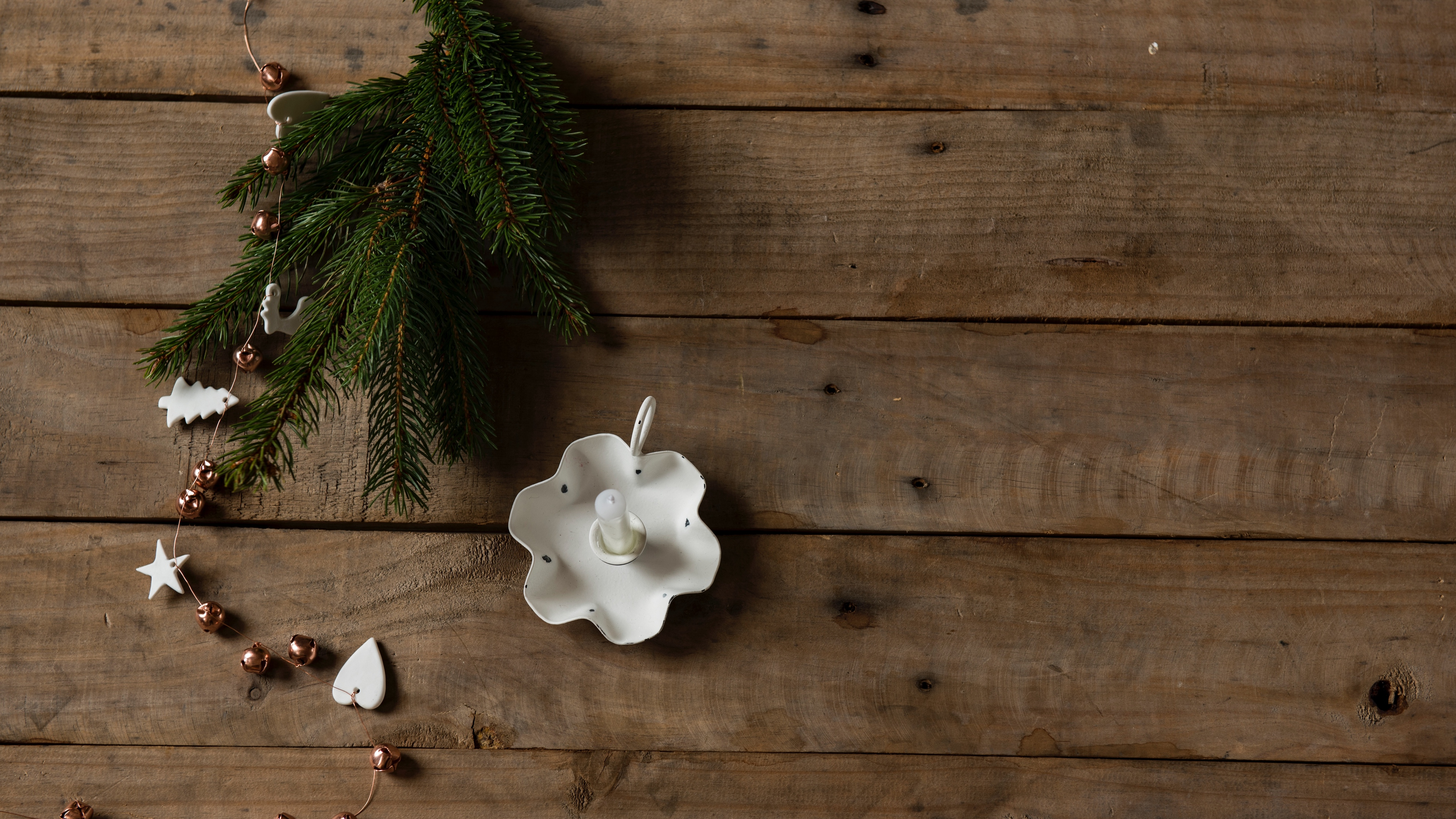spruce candle decoration christmas 4k 1538344566 - spruce, candle, decoration, christmas 4k - spruce, decoration, candle
