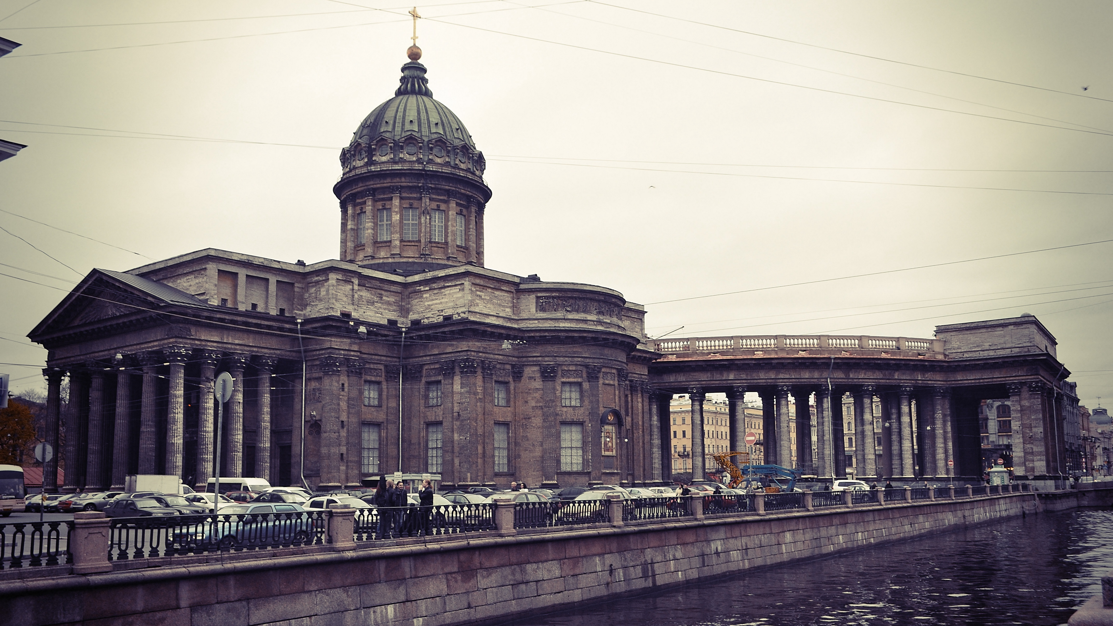 st petersburg quay river kazan cathedral 4k 1538065411 - st petersburg, quay, river, kazan cathedral 4k - st petersburg, River, quay
