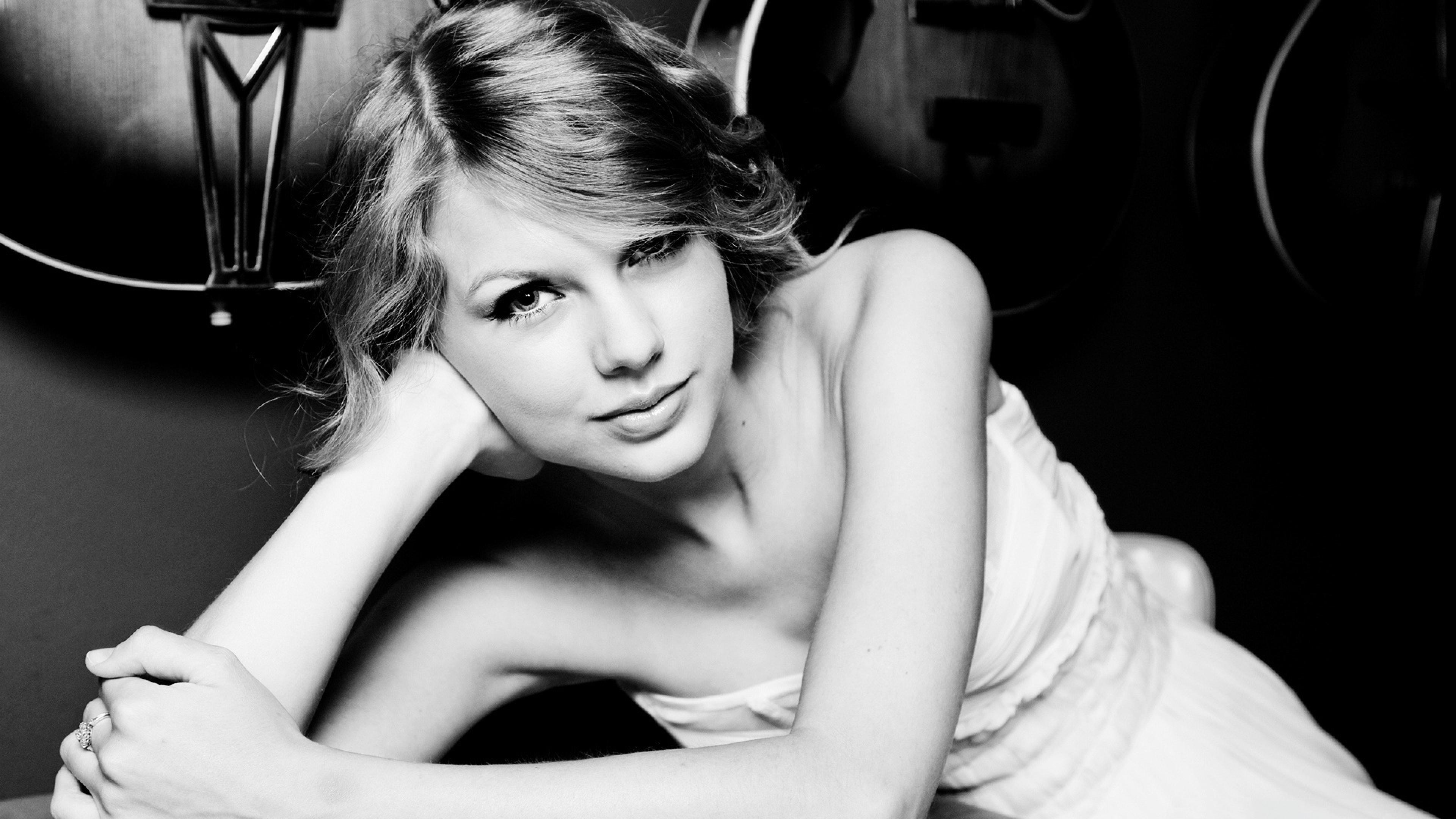 taylor swift 3 1536855377 - Taylor Swift 3 - taylor swift wallpapers, singer wallpapers, music wallpapers, celebrities wallpapers