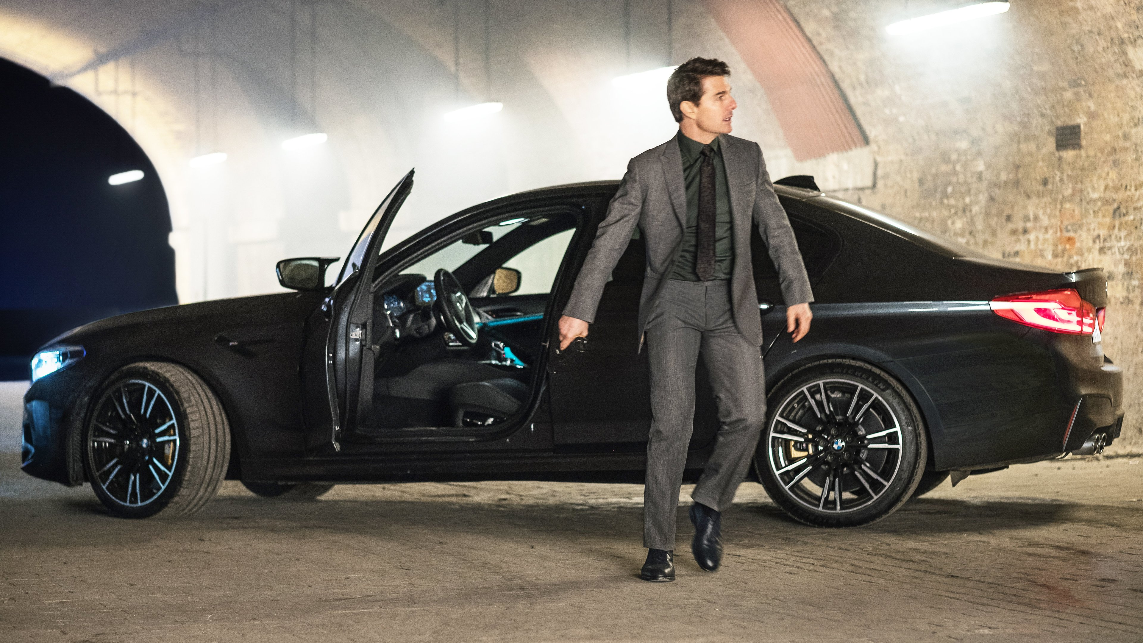 Wallpaper 4k Tom Cruise Mission Impossible Fallout Bmw M5 2018 Movies Wallpapers 4k Wallpapers 5k Wallpapers Bmw M5 Wallpapers Hd Wallpapers Mission Impossible 6 Wallpapers Mission Impossible Fallout Wallpapers Movies Wallpapers Tom Cruise