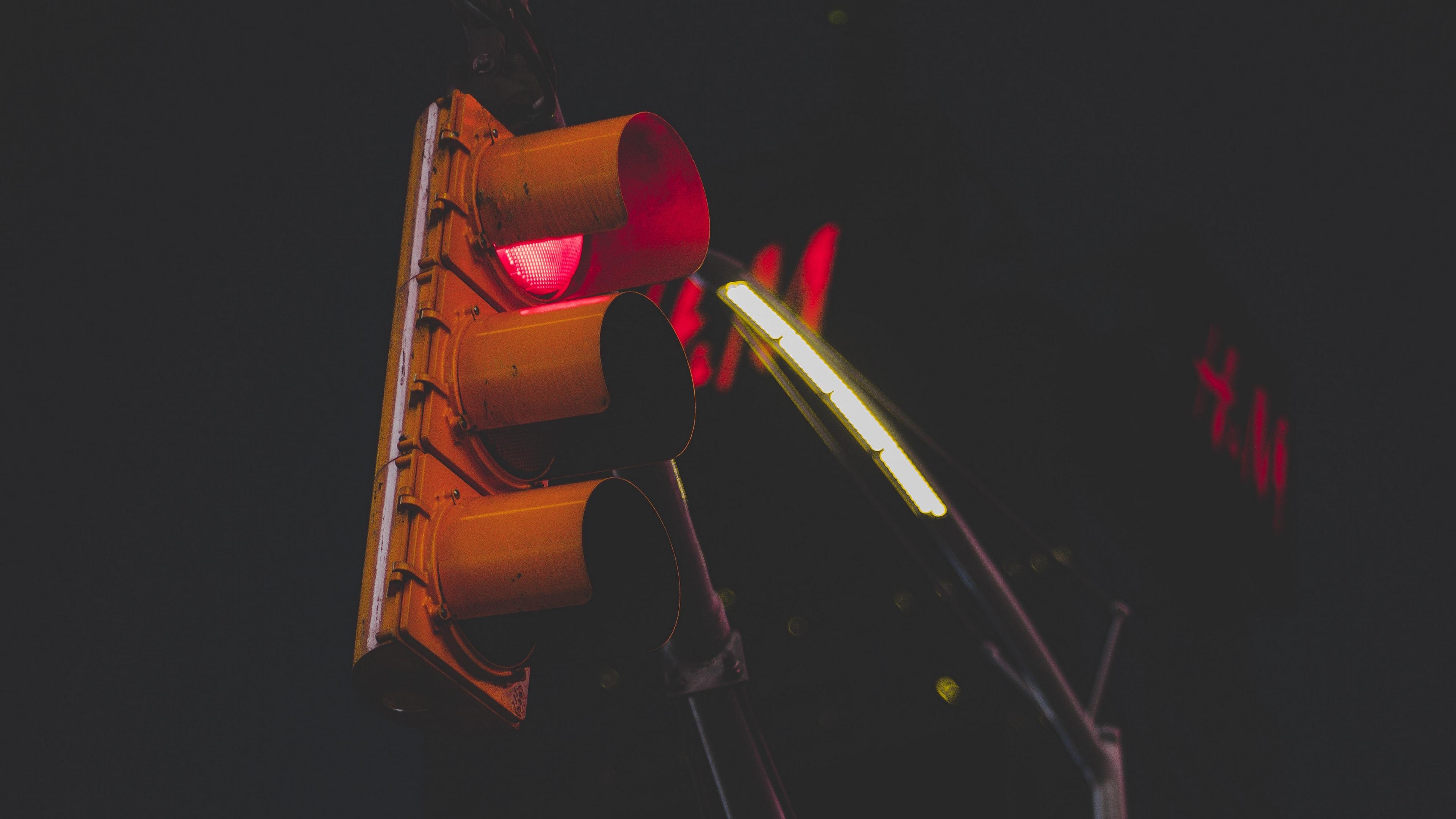traffic light pillar street night 4k 1538064387 - traffic light, pillar, street, night 4k - traffic light, Street, pillar