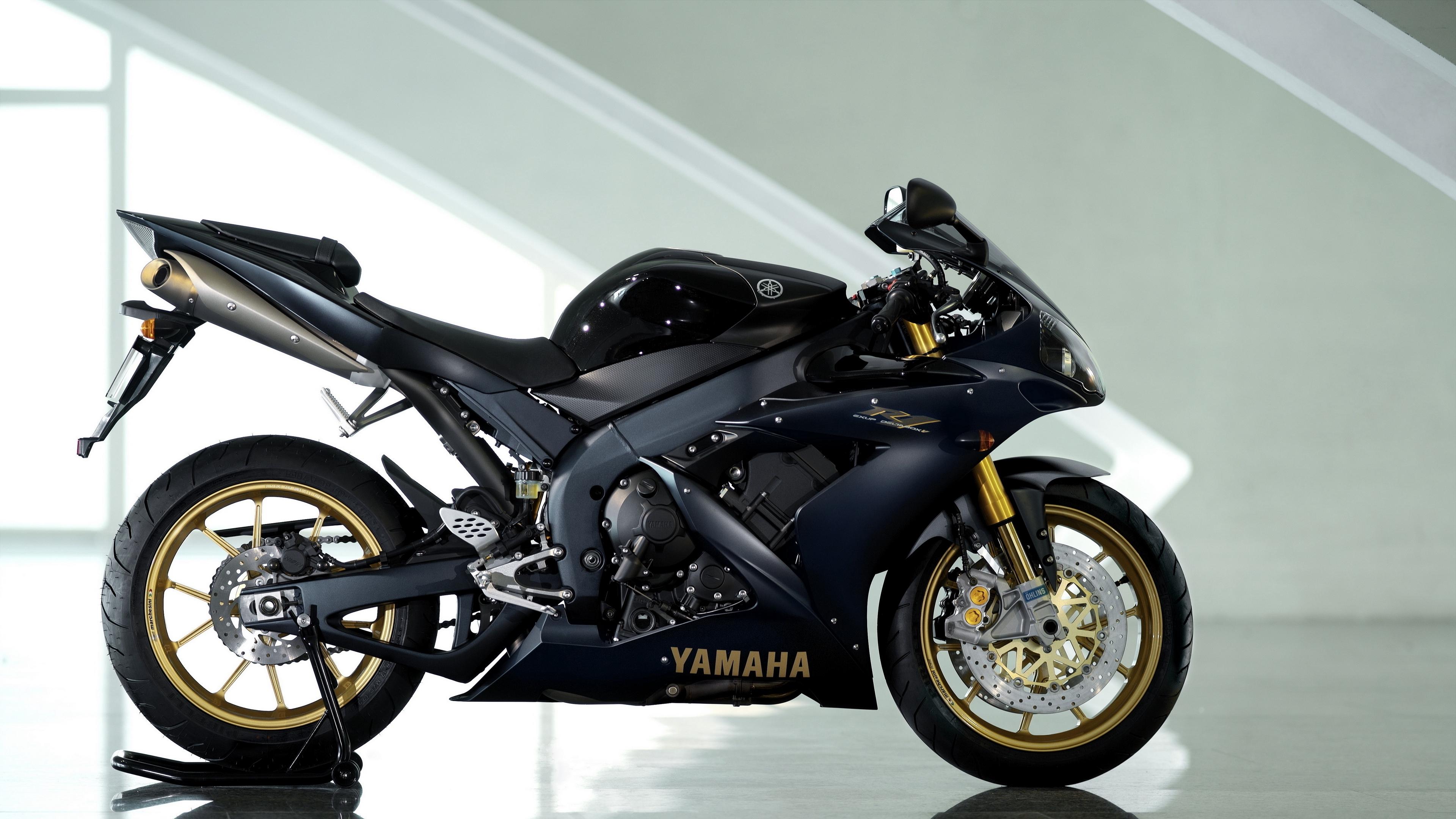 yamaha yzf r1 black yamaha motorcycle reflection 4k 1536018832 - yamaha yzf-r1, black, yamaha, motorcycle, reflection 4k - yamaha yzf-r1, Yamaha, Black