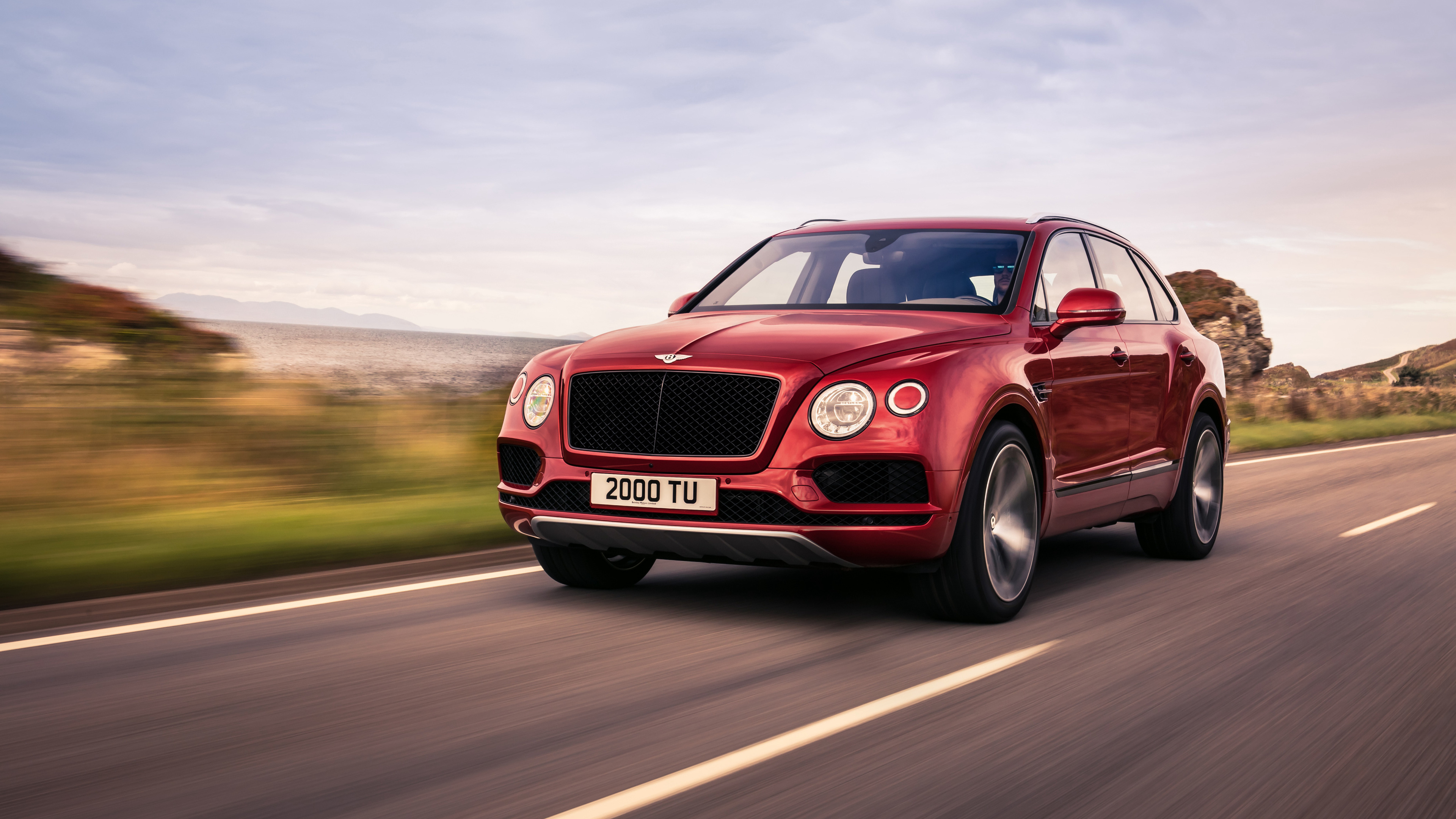 2018 bentley bentayga v8 1539109128 - 2018 Bentley Bentayga V8 - hd-wallpapers, cars wallpapers, bentley wallpapers, bentley bentayga wallpapers, 4k-wallpapers, 2018 cars wallpapers
