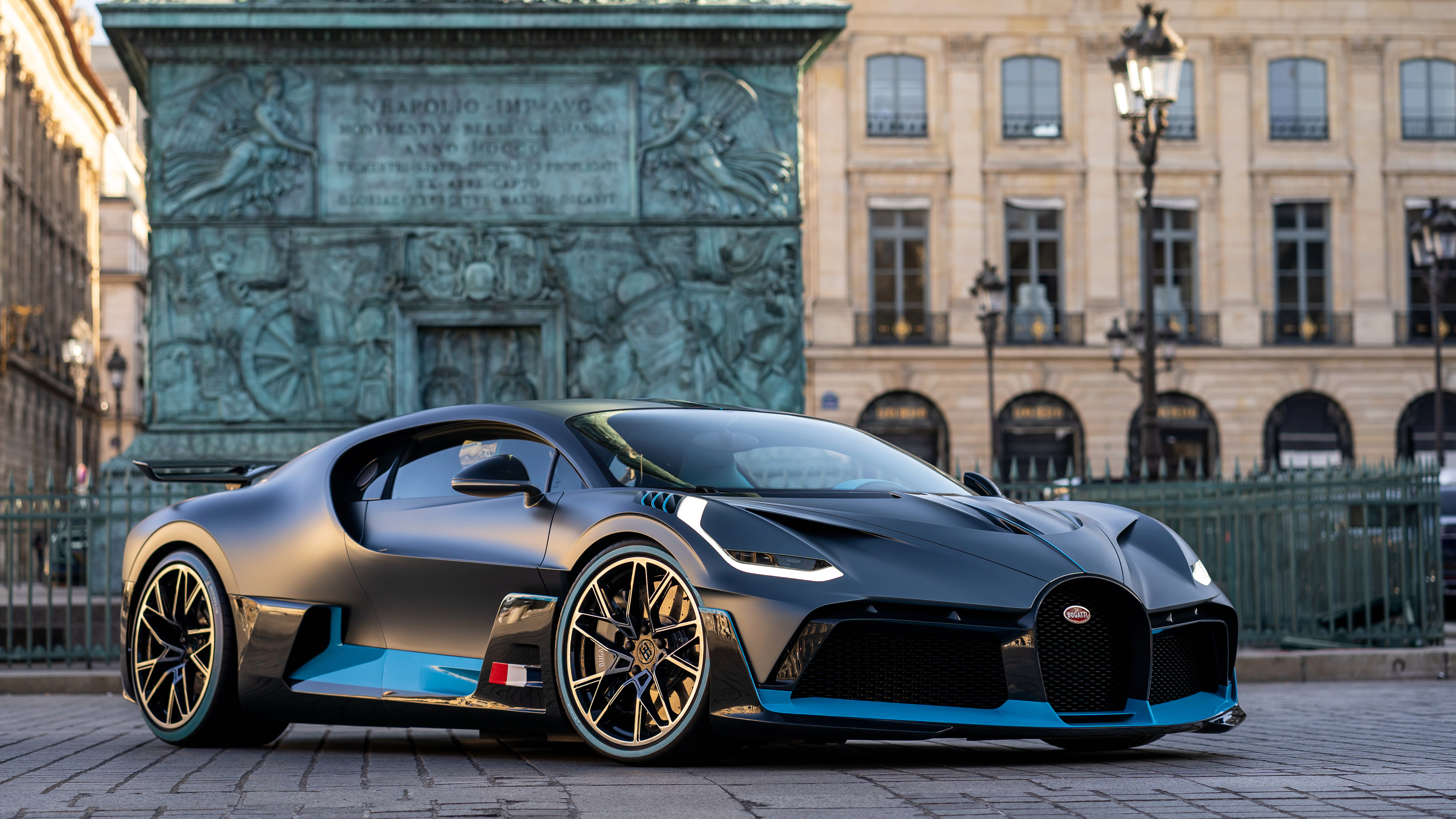 2018 bugatti divo front 4k 1539792880 - 2018 Bugatti Divo Front 4k - hd-wallpapers, cars wallpapers, bugatti wallpapers, bugatti divo wallpapers, 4k-wallpapers, 2018 cars wallpapers