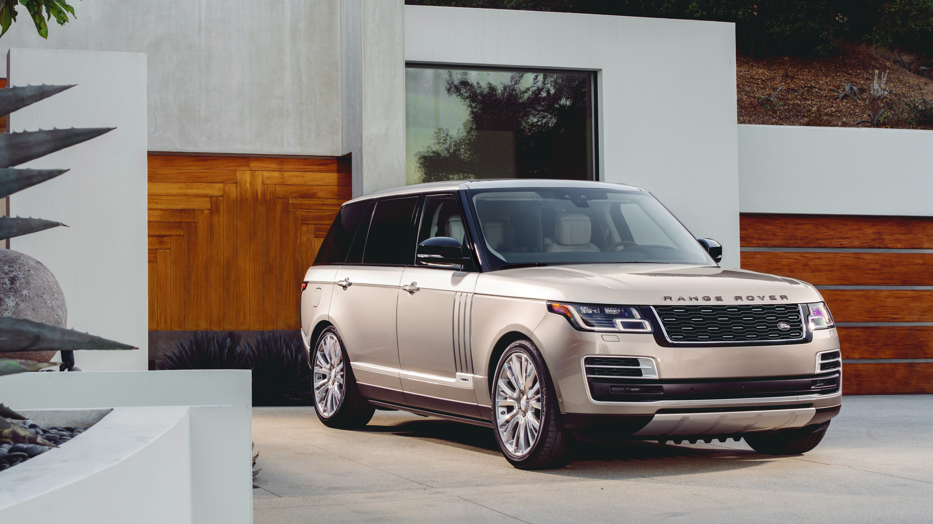 2018 range rover svautobiography 1539108170 - 2018 Range Rover SVAutobiography - range rover wallpapers, range rover svautobiography wallpapers, hd-wallpapers, 4k-wallpapers, 2018 cars wallpapers