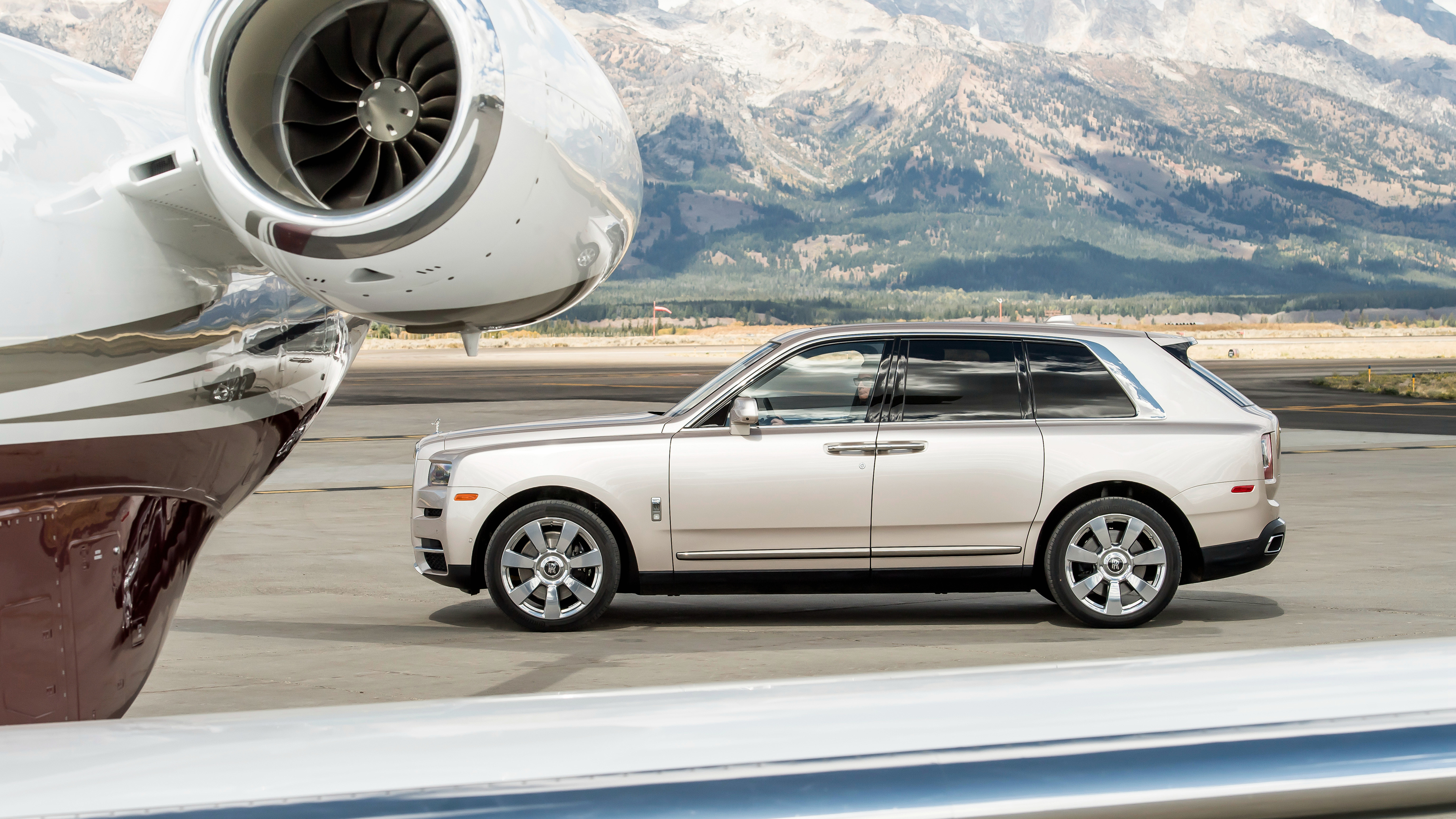 2019 rolls royce cullinan 1539792878 - 2019 Rolls Royce Cullinan - rolls royce wallpapers, rolls royce cullinan wallpapers, hd-wallpapers, cars wallpapers, 4k-wallpapers, 2019 cars wallpapers
