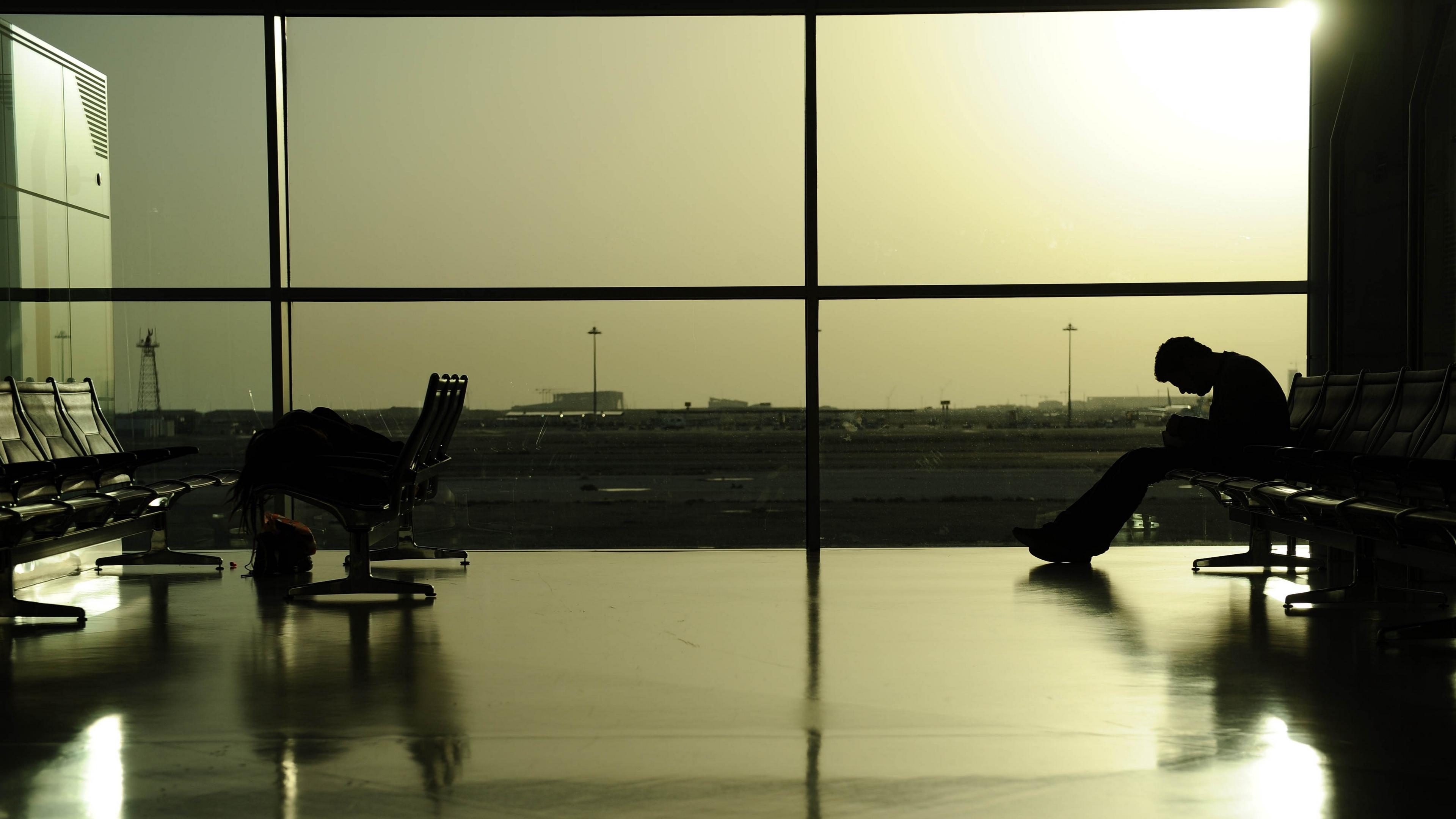 airport waiting man 4k 1540575297 - airport, waiting, man 4k - Waiting, Man, airport