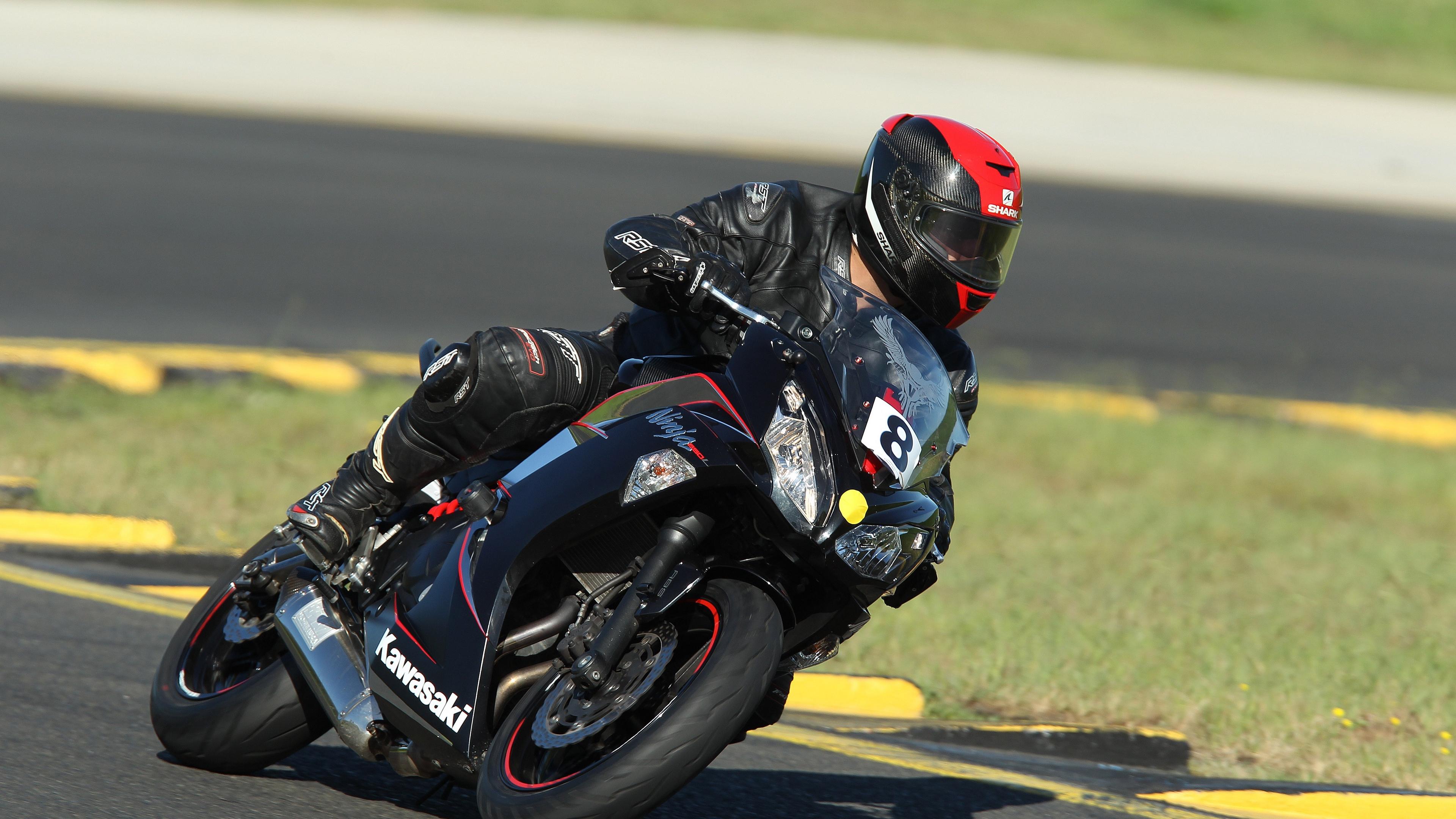 biker motorcycle racing 4k 1538943709 - biker, motorcycle, racing 4k - racing, Motorcycle, Biker