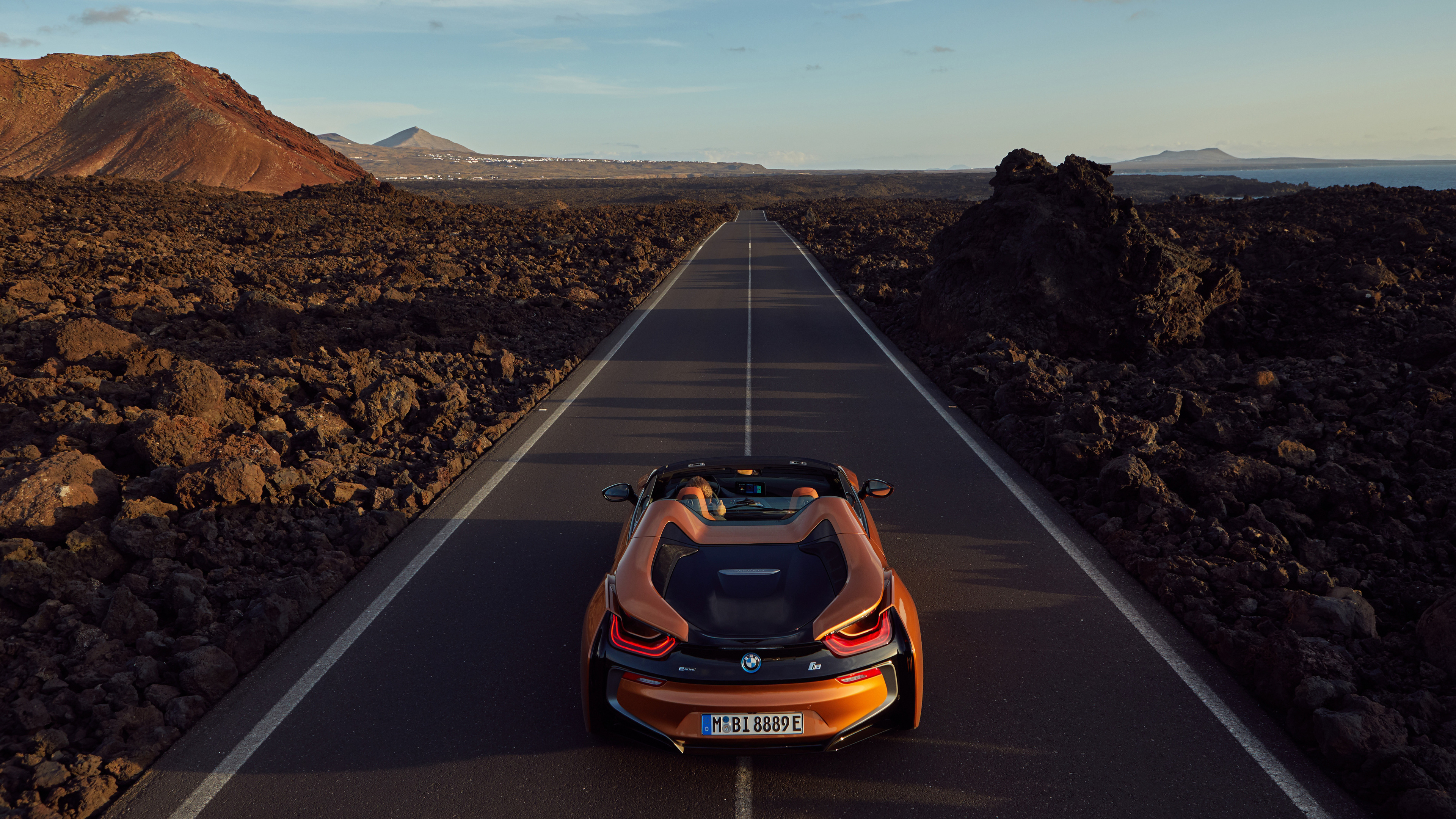 bmw i8 roadster 2018 1539108180 - BMW I8 Roadster 2018 - hd-wallpapers, cars wallpapers, bmw wallpapers, bmw i8 wallpapers, 4k-wallpapers, 2018 cars wallpapers