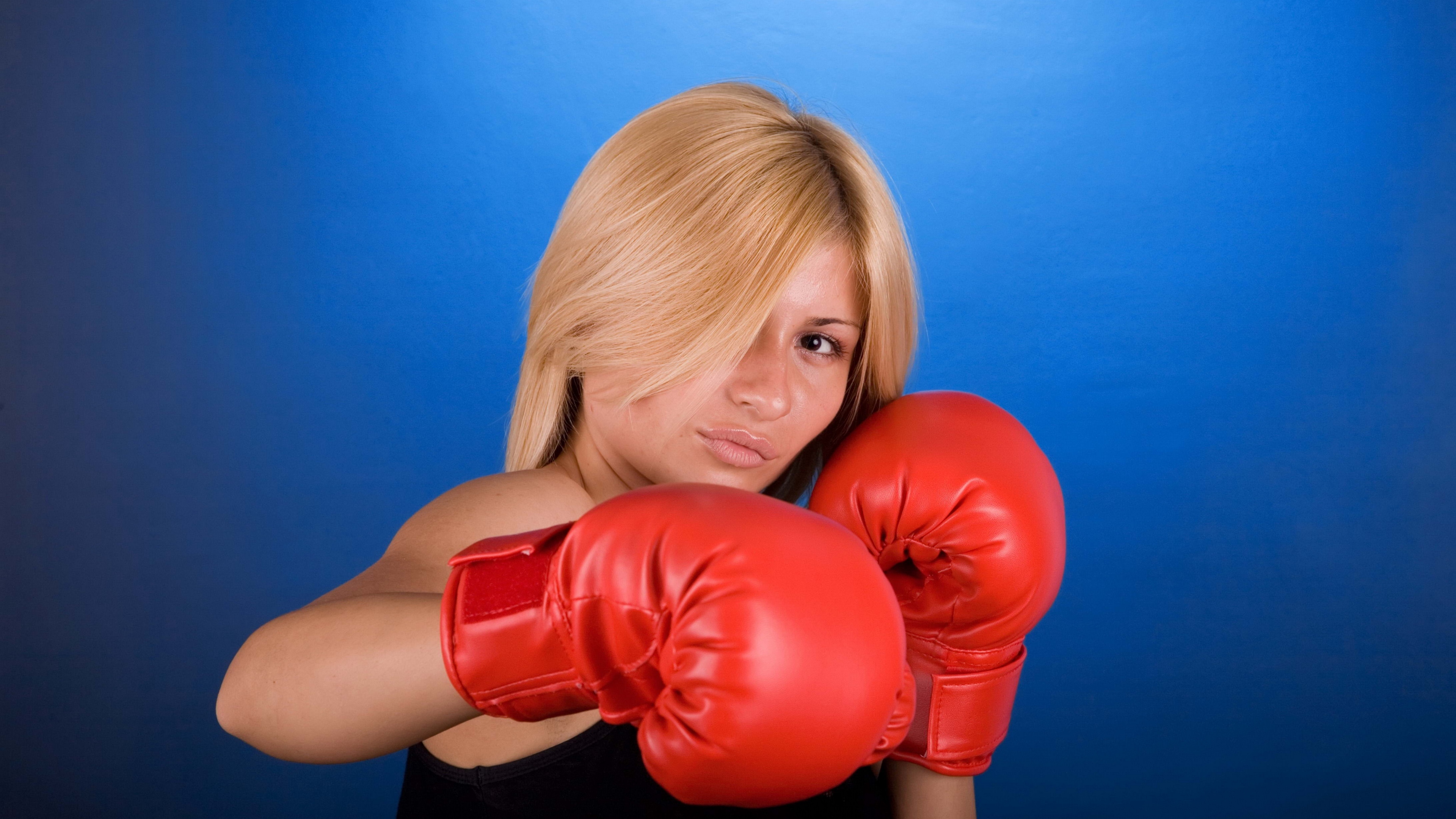 boxing girl blue background 4k 1540062192 - boxing, girl, blue background 4k - Girl, boxing, blue background