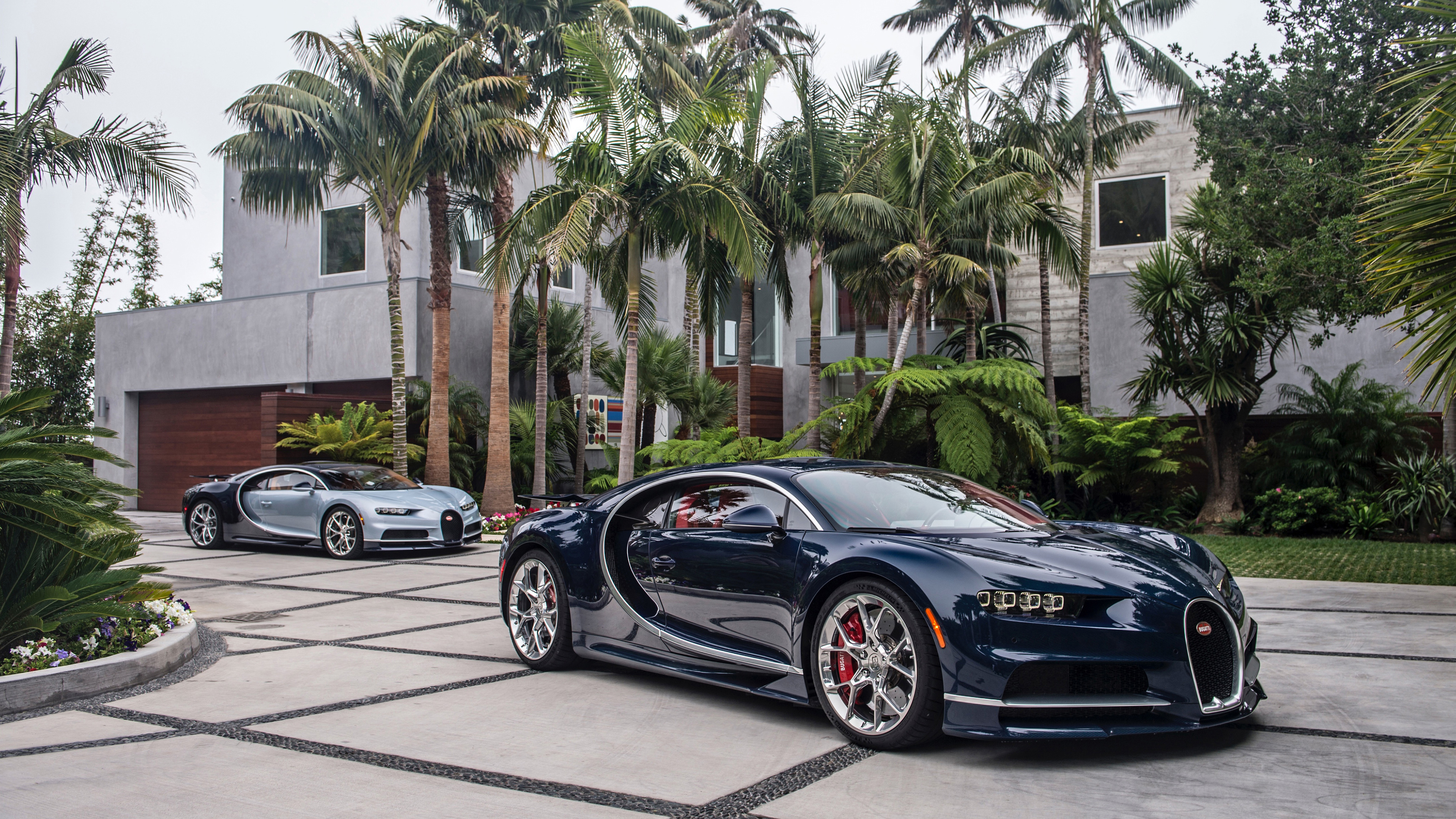 bugatti chiron 4k 1539107592 - Bugatti Chiron 4k - hd-wallpapers, bugatti wallpapers, bugatti chiron wallpapers, 4k-wallpapers, 2017 cars wallpapers
