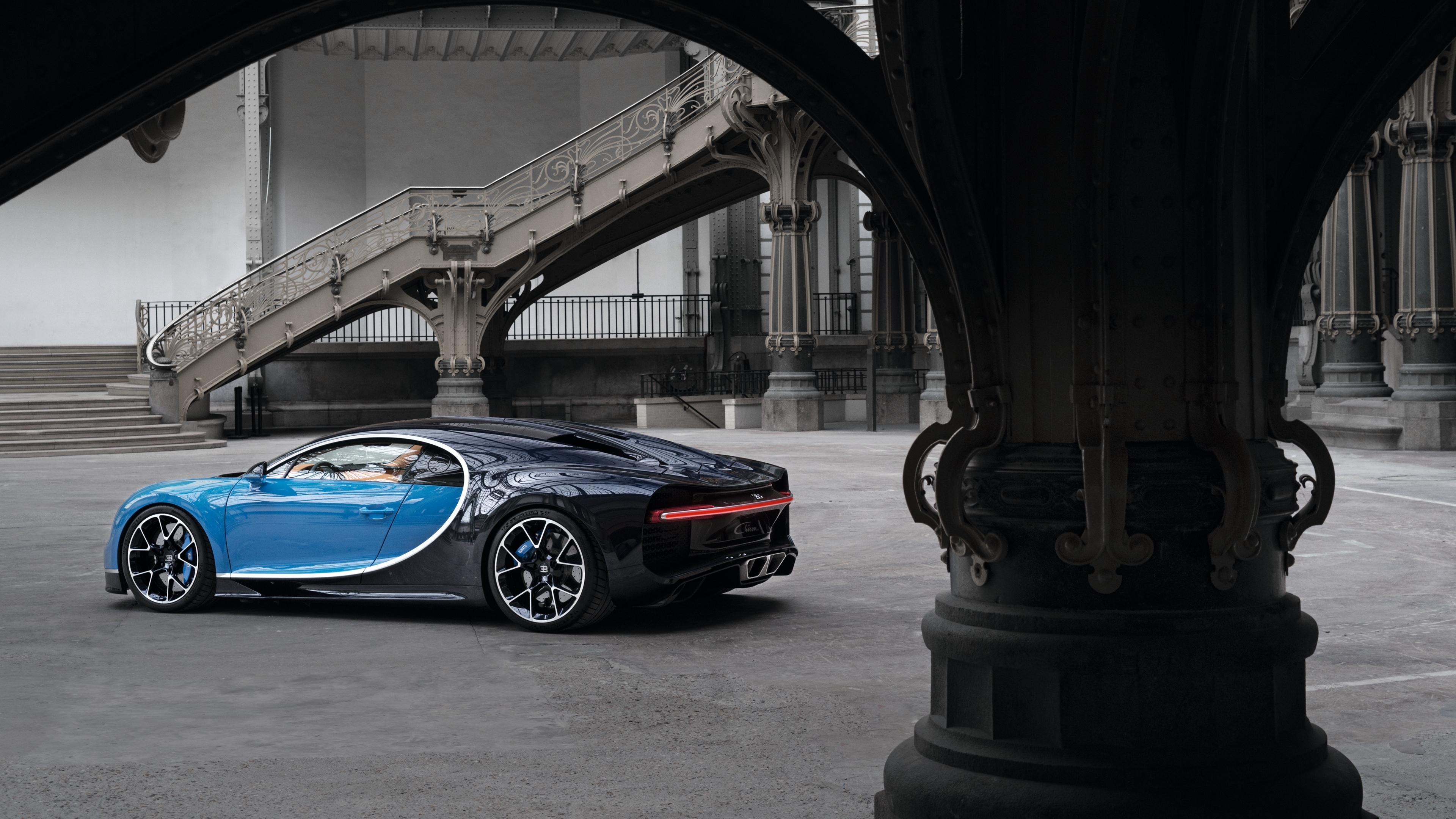 bugatti chiron side view 4k 1538935385 - bugatti, chiron, side view 4k - side view, Chiron, Bugatti
