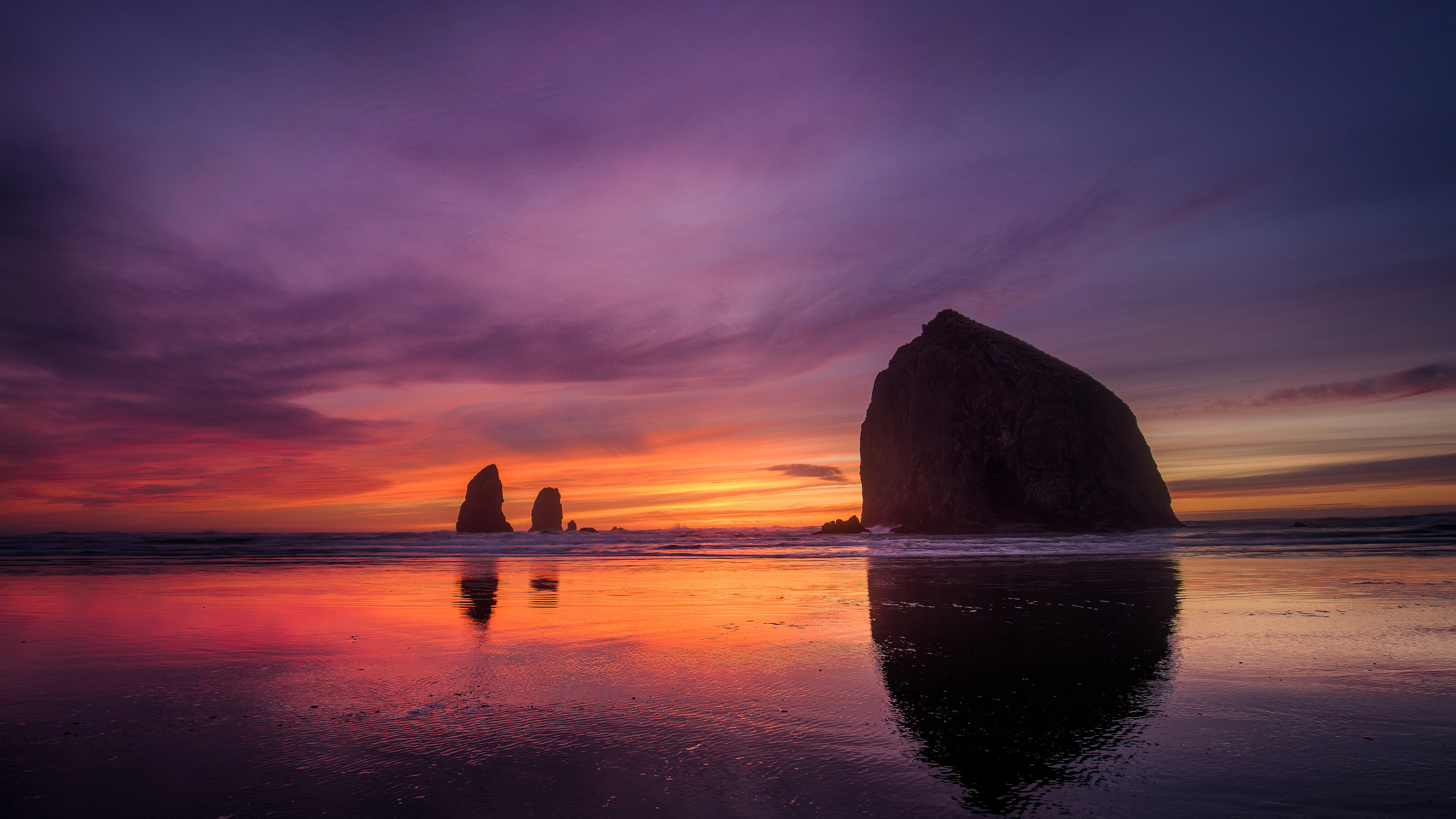cannon beach sunset 4k 1540132765 - Cannon Beach Sunset 4k - sunset wallpapers, nature wallpapers, hd-wallpapers, cannon wallpapers, beach wallpapers, 4k-wallpapers