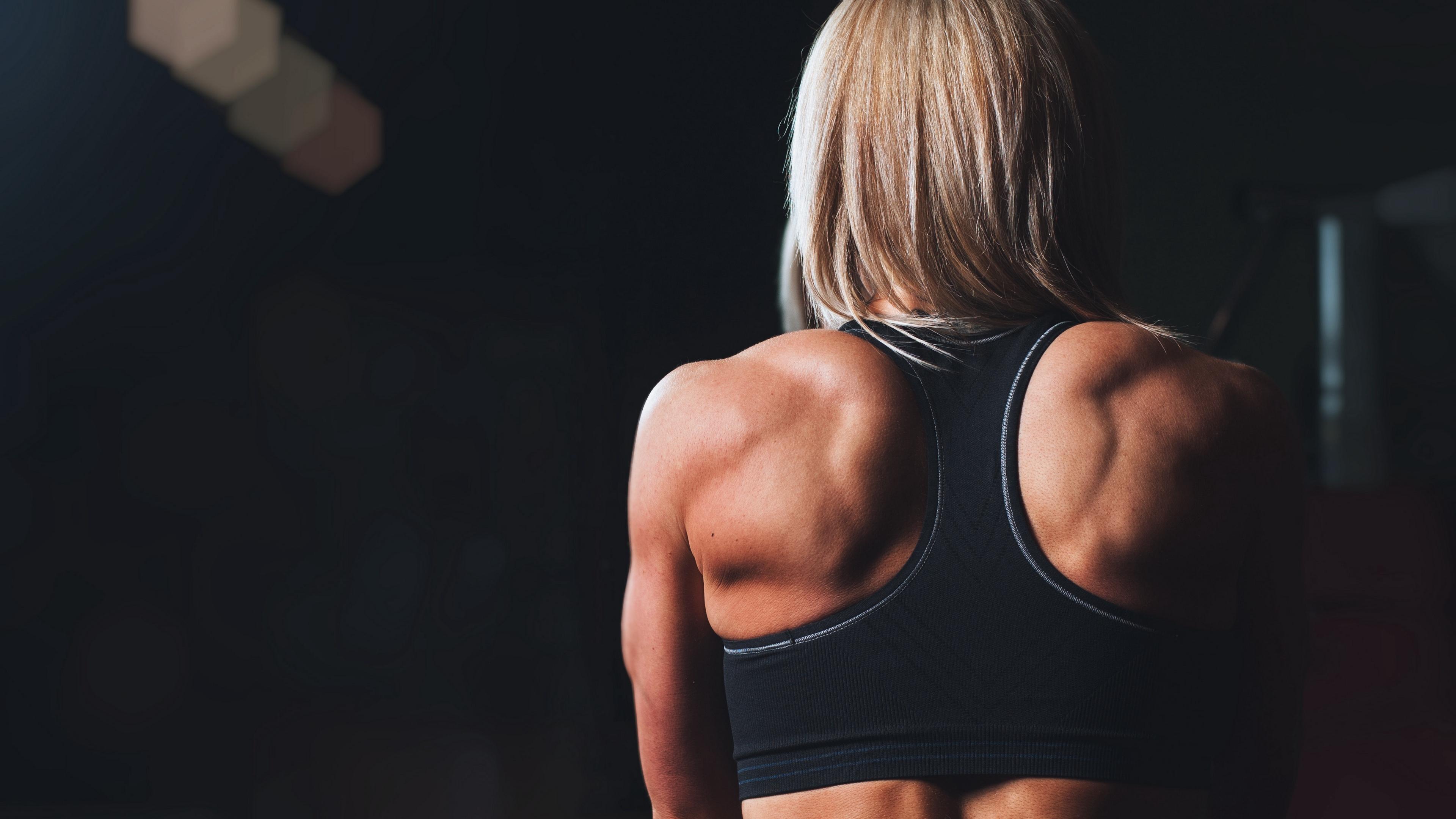 crossfit back girl muscles athlete 4k 1540063067 - crossfit, back, girl, muscles, athlete 4k - Girl, crossfit, Back