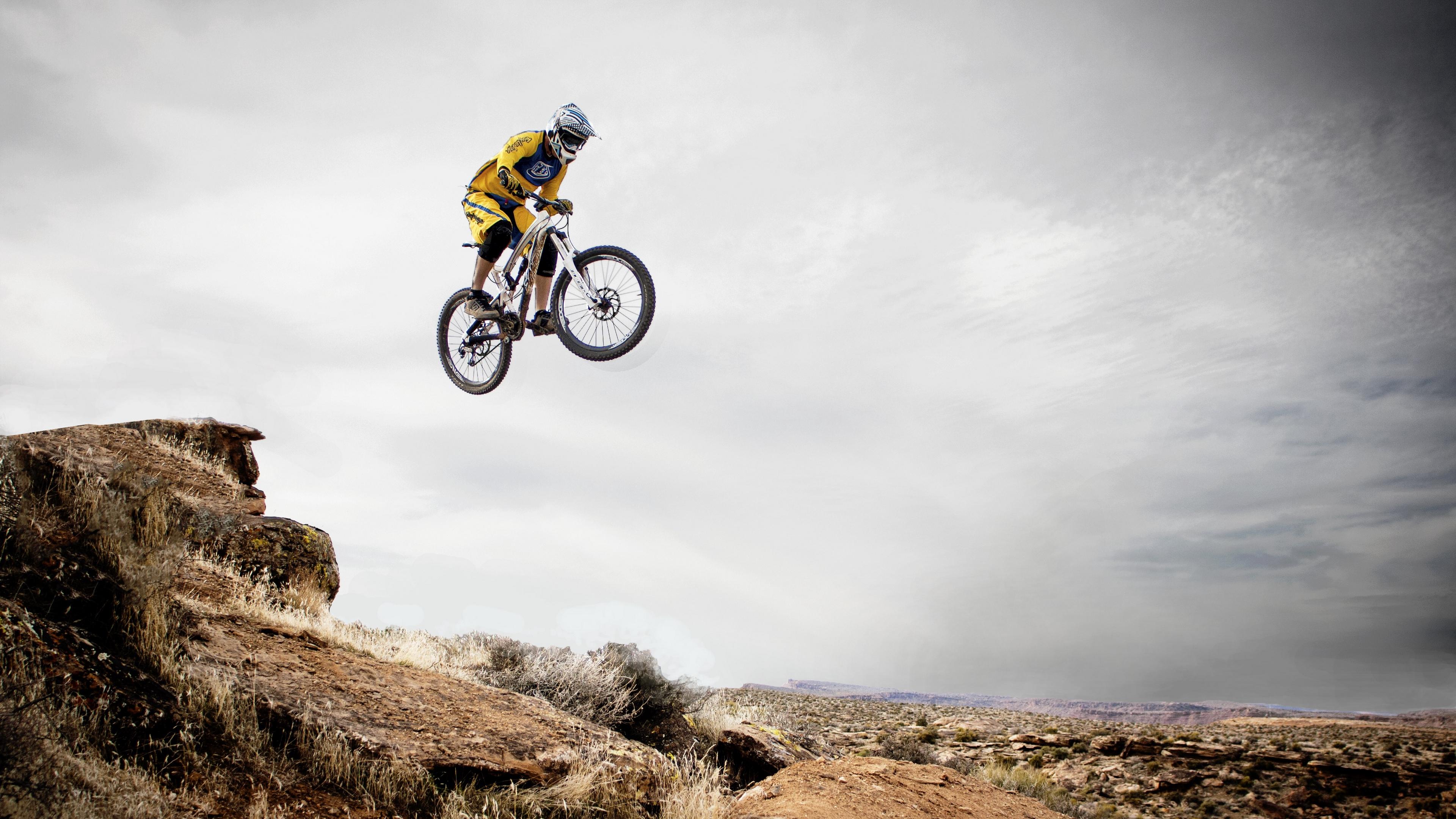 cyclist cycle racing trick jump 4k 1540062996 - cyclist, cycle racing, trick, jump 4k - trick, cyclist, cycle racing