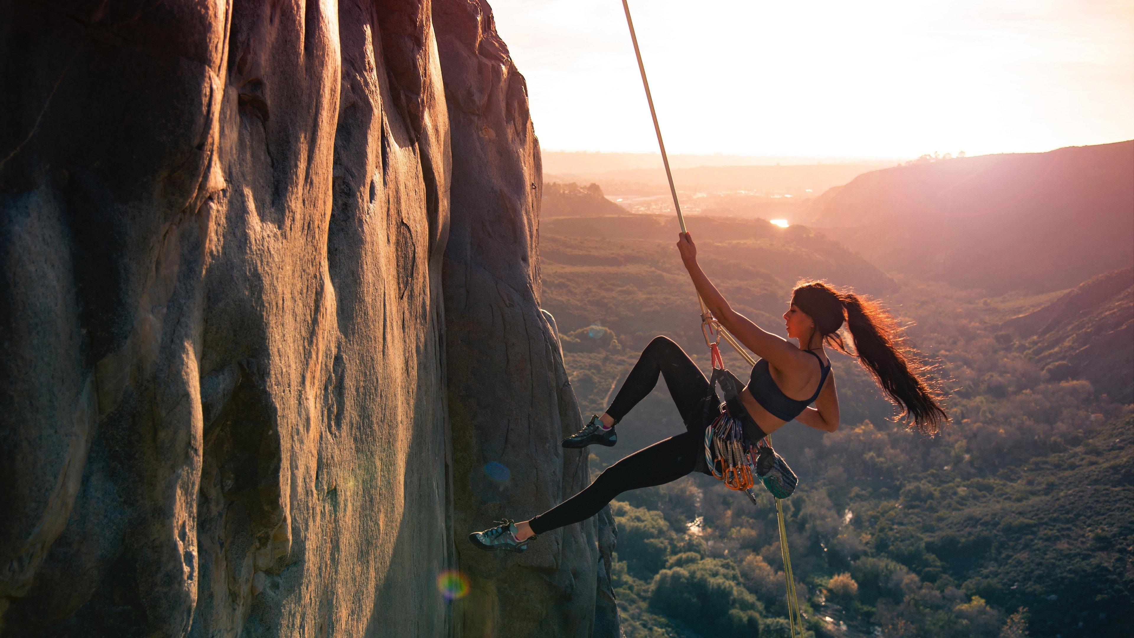 girl mountain climber 5k 1538786999 - Girl Mountain Climber 5k - sports wallpapers, mountains wallpapers, mountain climbing wallpapers, hd-wallpapers, girl wallpapers, 5k wallpapers, 4k-wallpapers