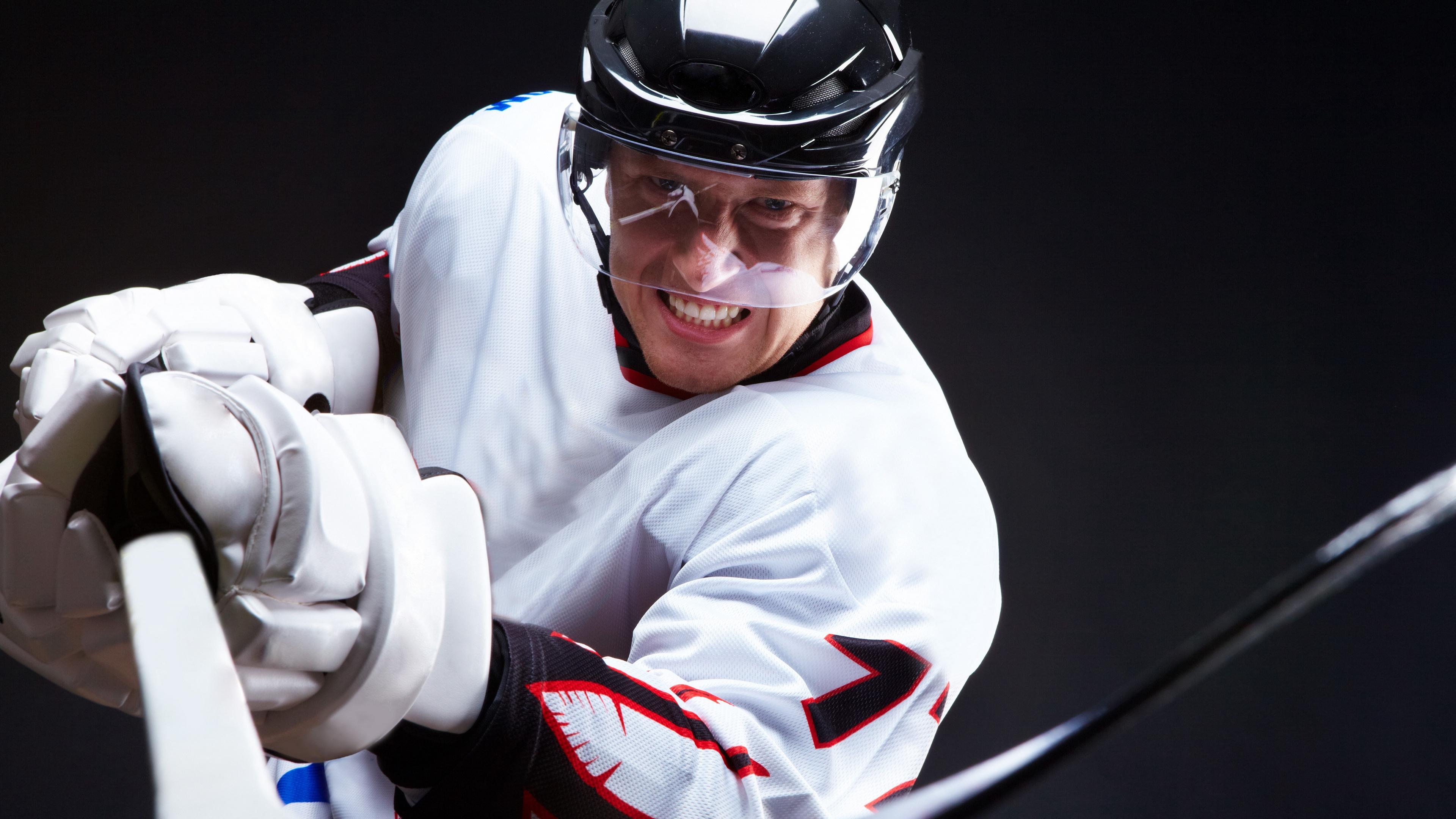 grin hockey hockey stick black background 4k 1540061238 - grin, hockey, hockey stick, black background 4k - hockey stick, Hockey, grin