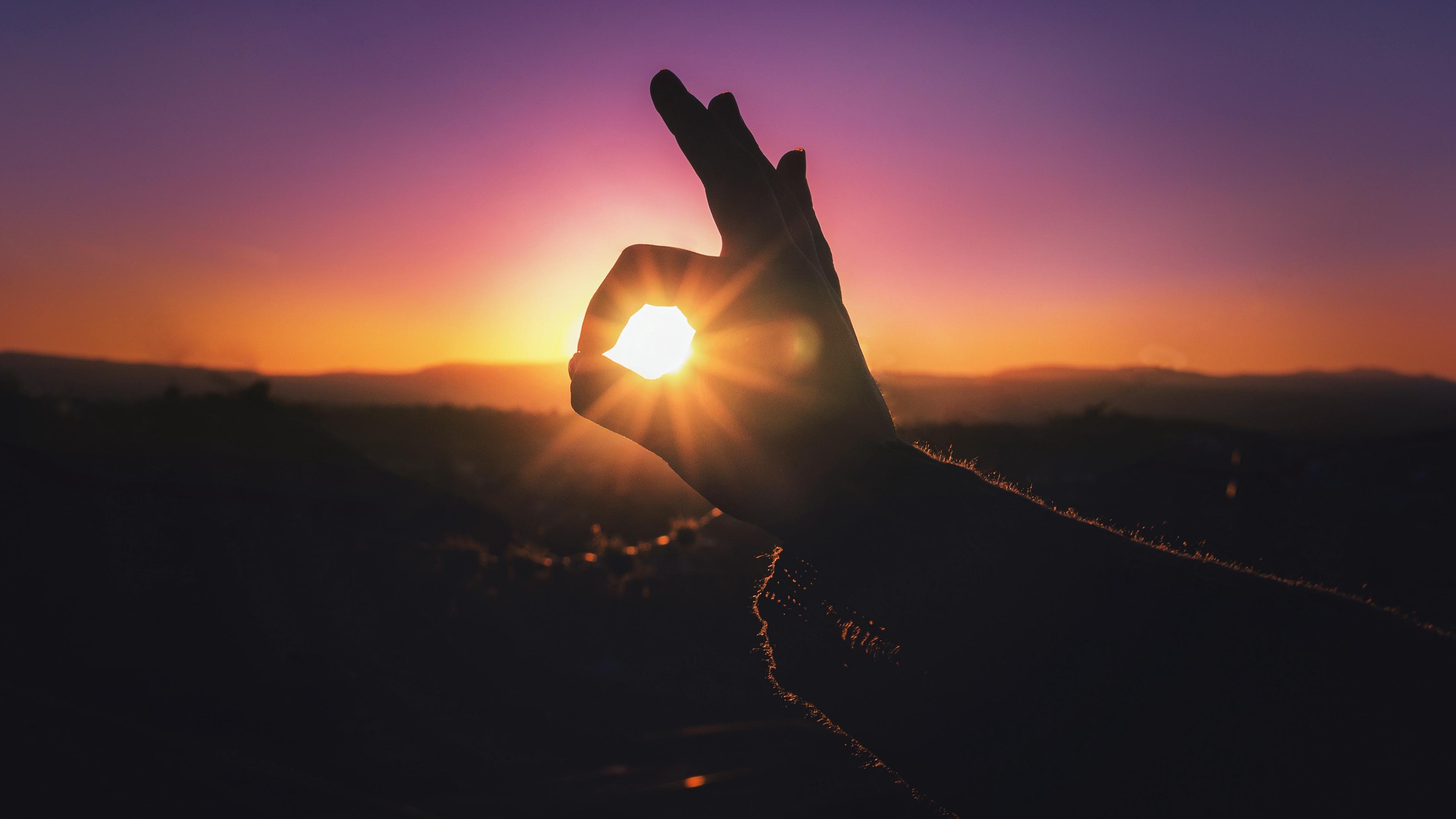 hand light fingers sunset 4k 1540575122 - hand, light, fingers, sunset 4k - Light, hand, Fingers